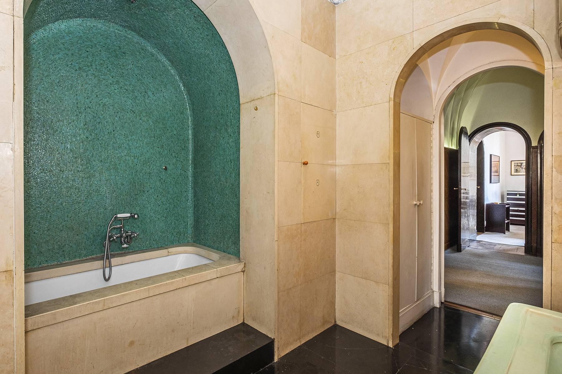 Appartamento in Vendita a Roma: 5 locali, 450 mq - Foto 11