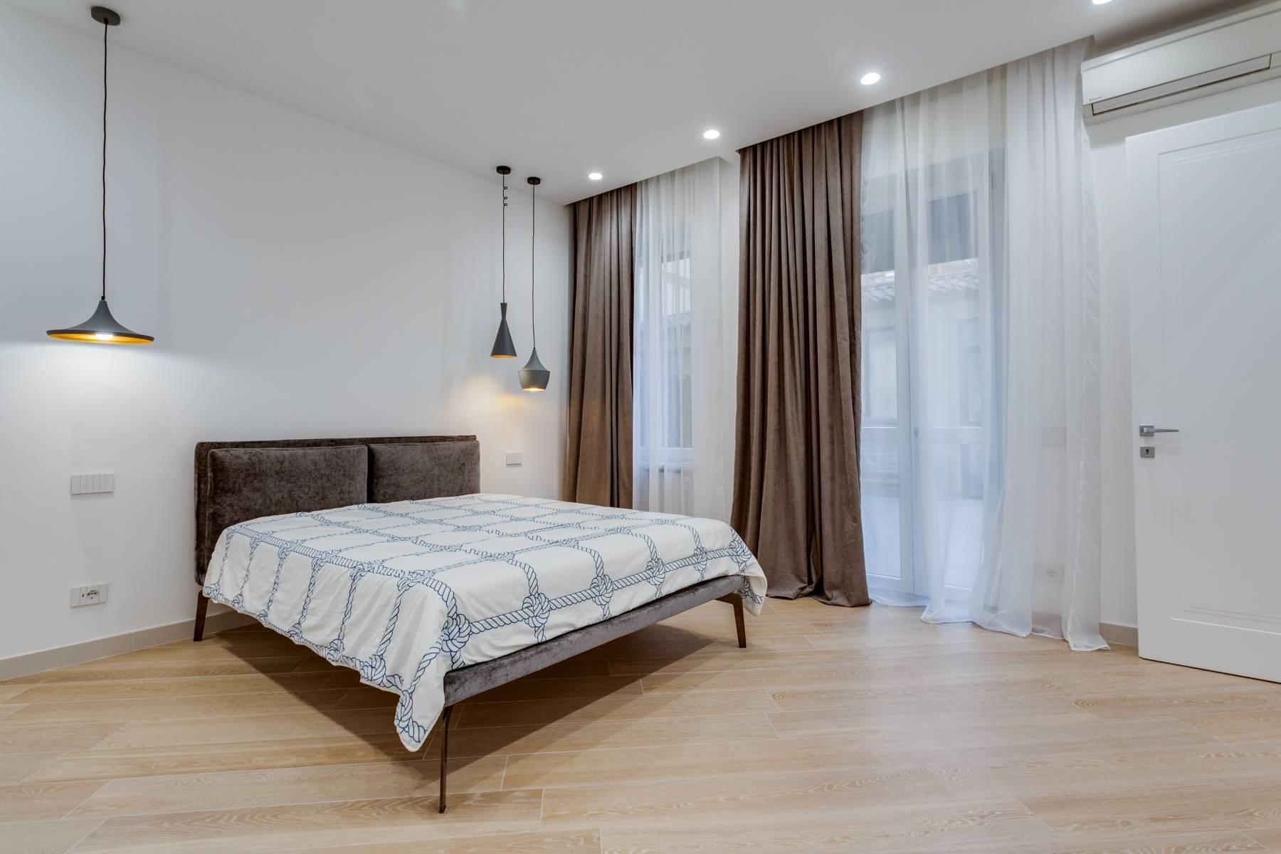 Appartamento in Affitto a Verona: 5 locali, 285 mq - Foto 3