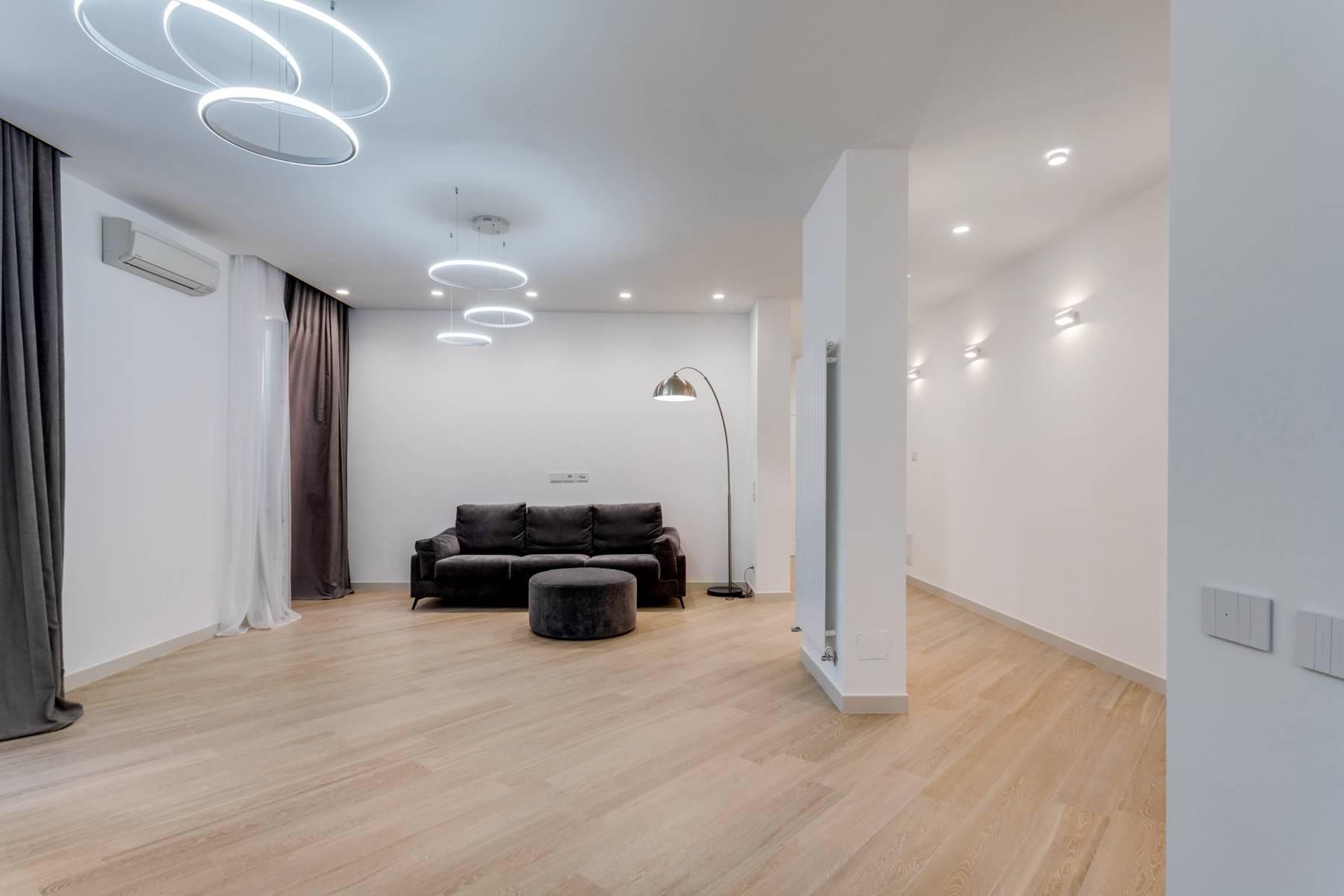 Appartamento in Affitto a Verona: 5 locali, 285 mq - Foto 1