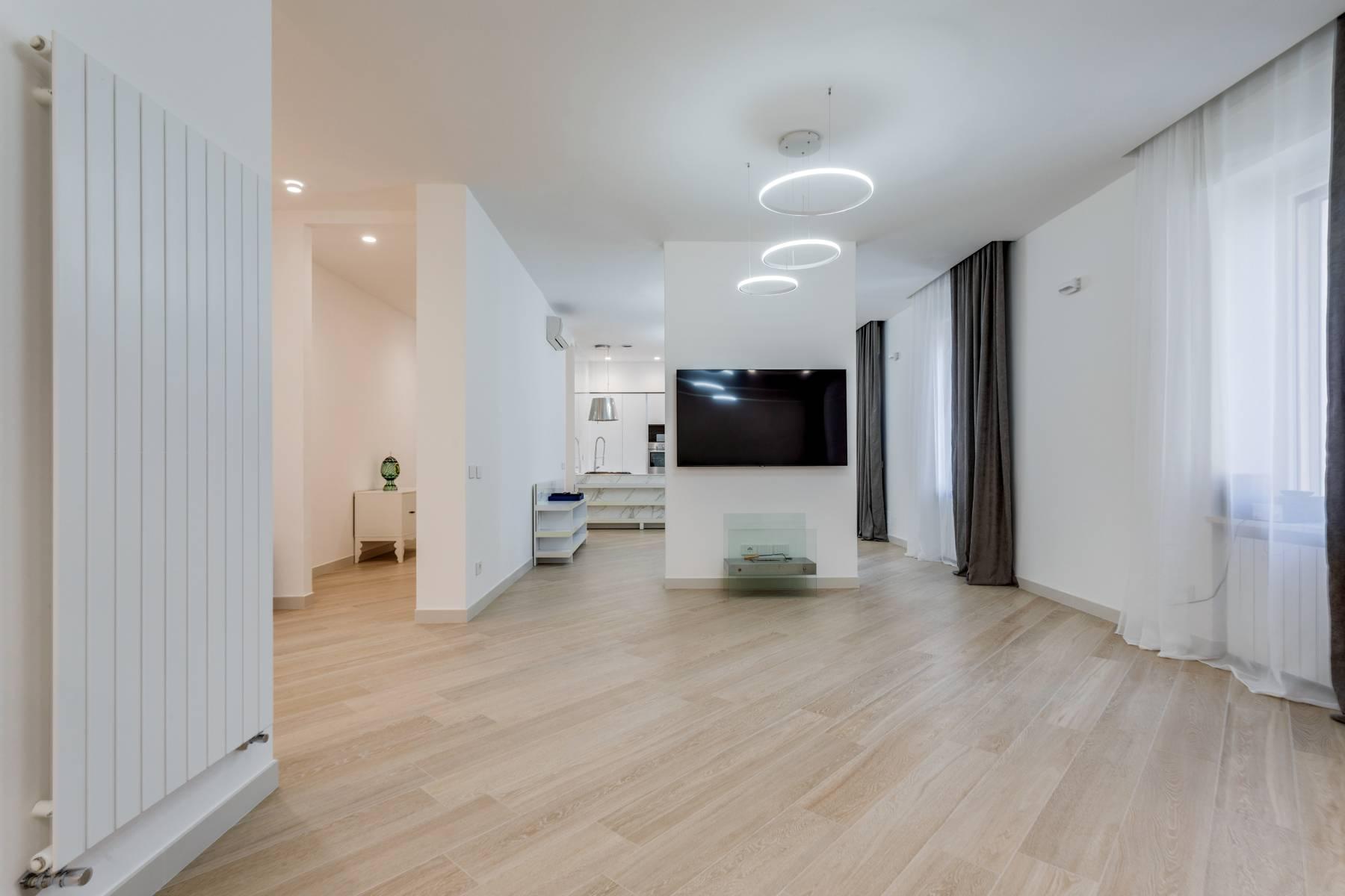 Appartamento in Affitto a Verona: 5 locali, 285 mq - Foto 5