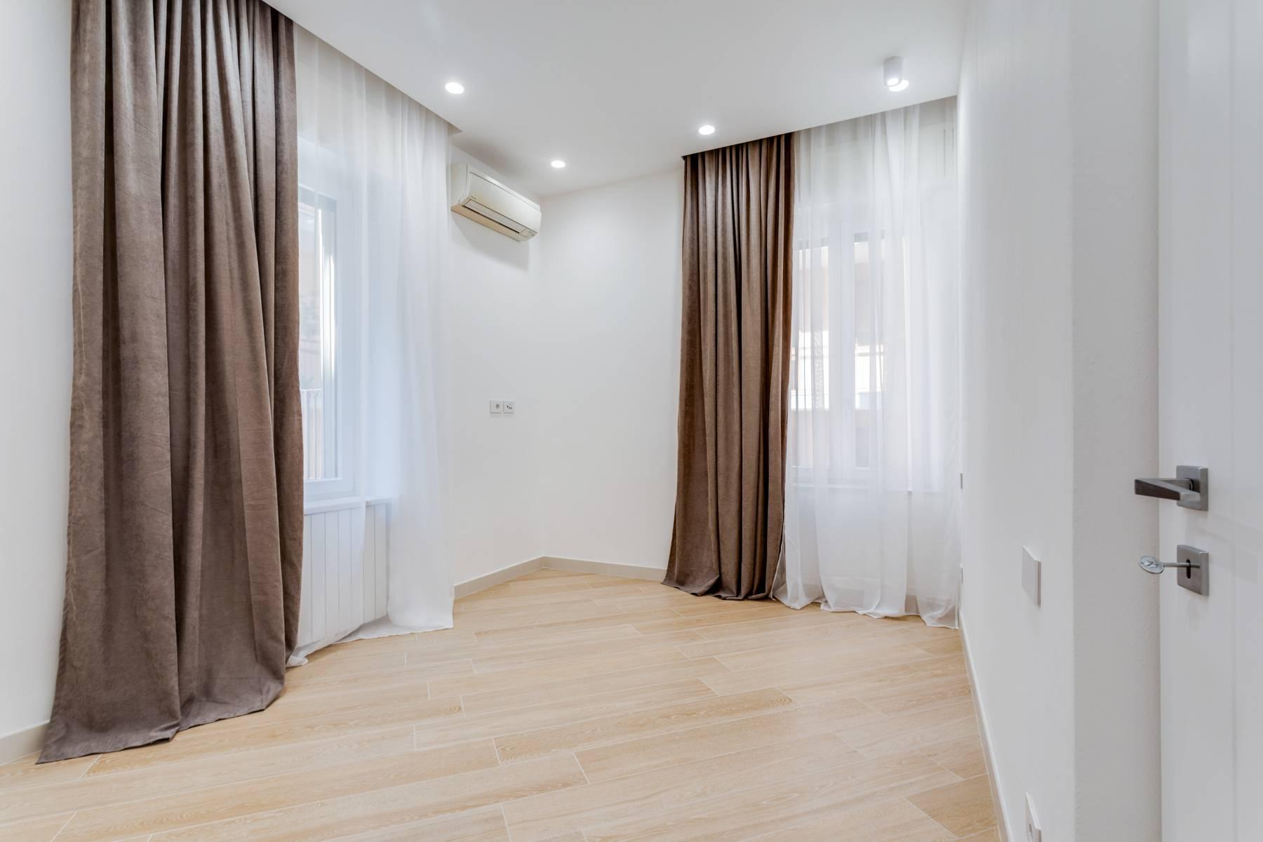 Appartamento in Affitto a Verona: 5 locali, 285 mq - Foto 13