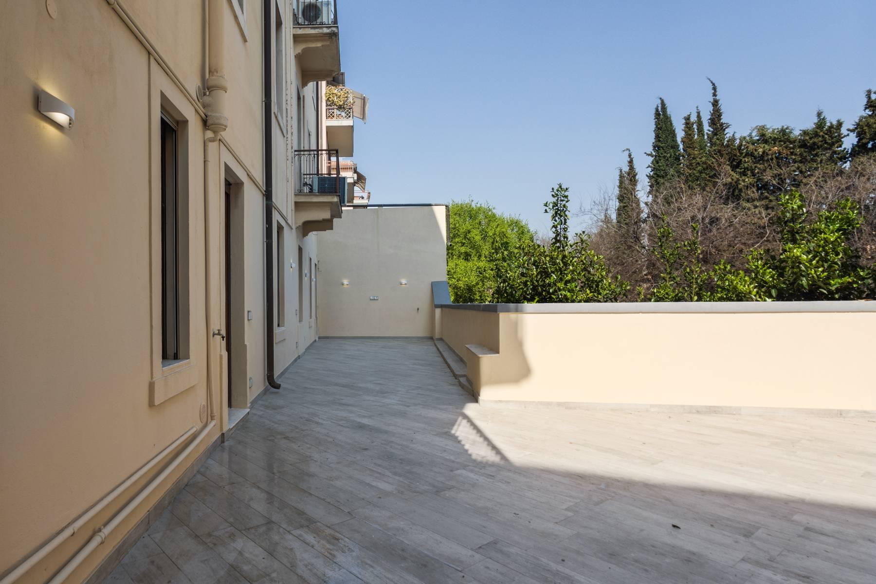 Appartamento in Affitto a Verona: 5 locali, 285 mq - Foto 16