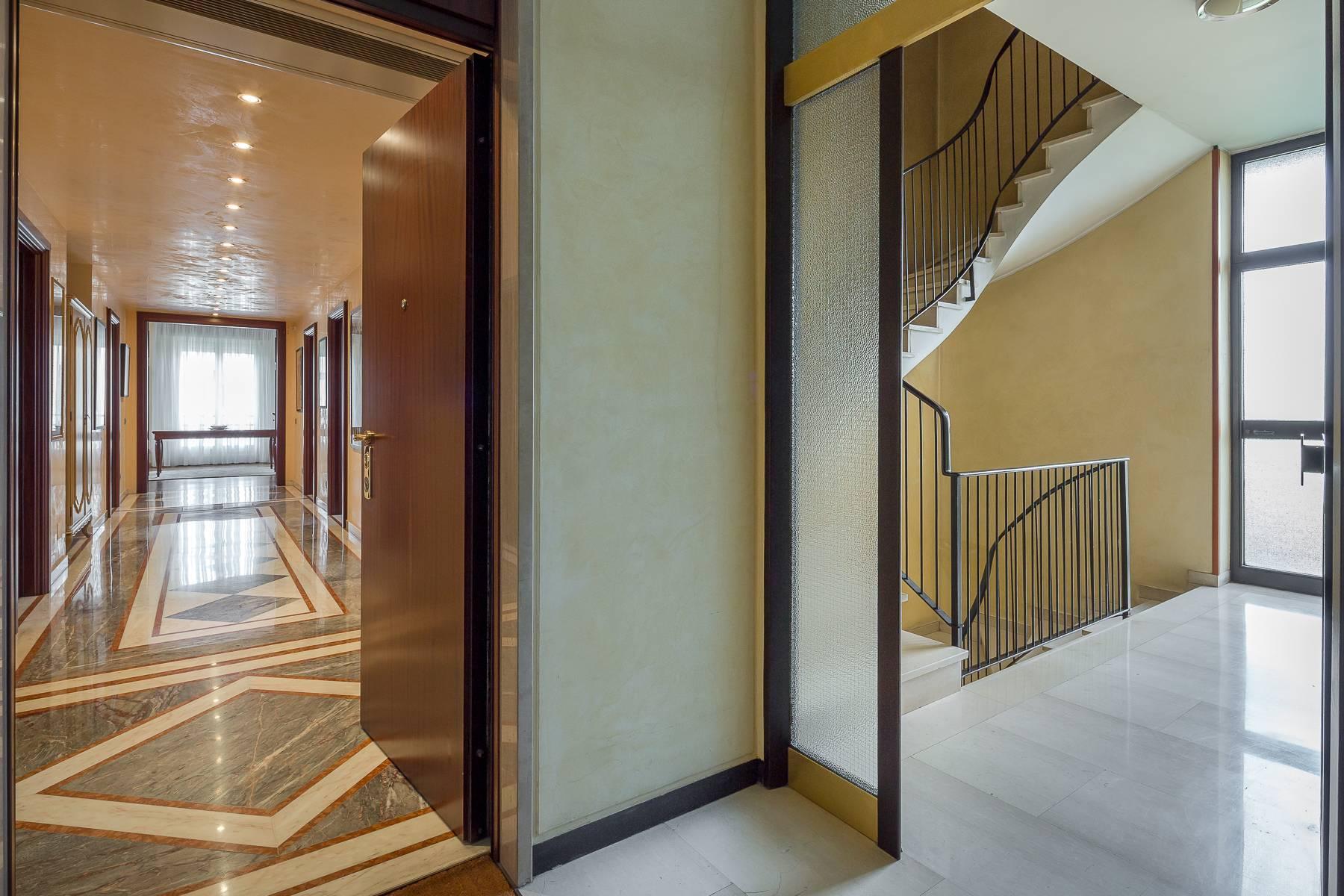 Appartamento in Affitto a Milano: 4 locali, 186 mq - Foto 23