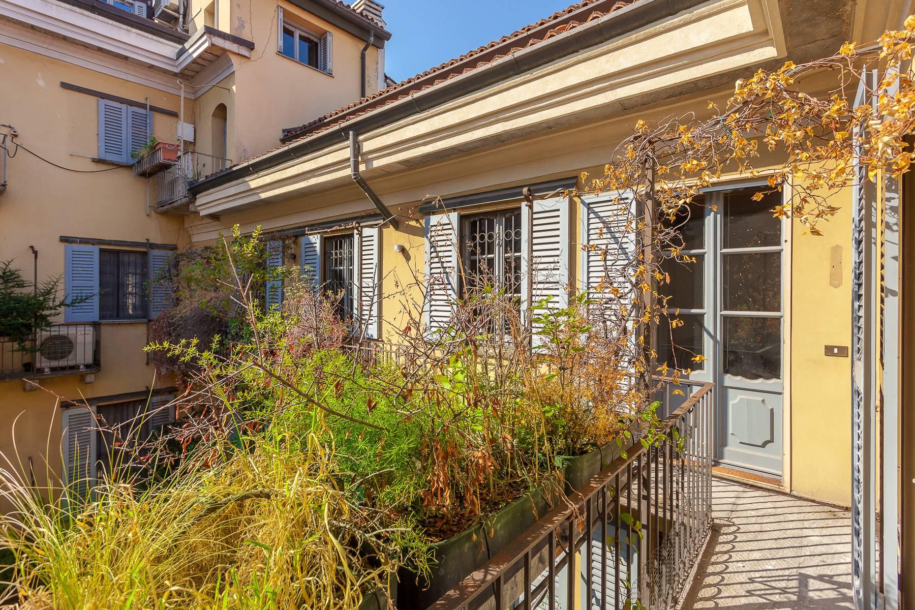 Appartamento in Vendita a Milano via del lauro