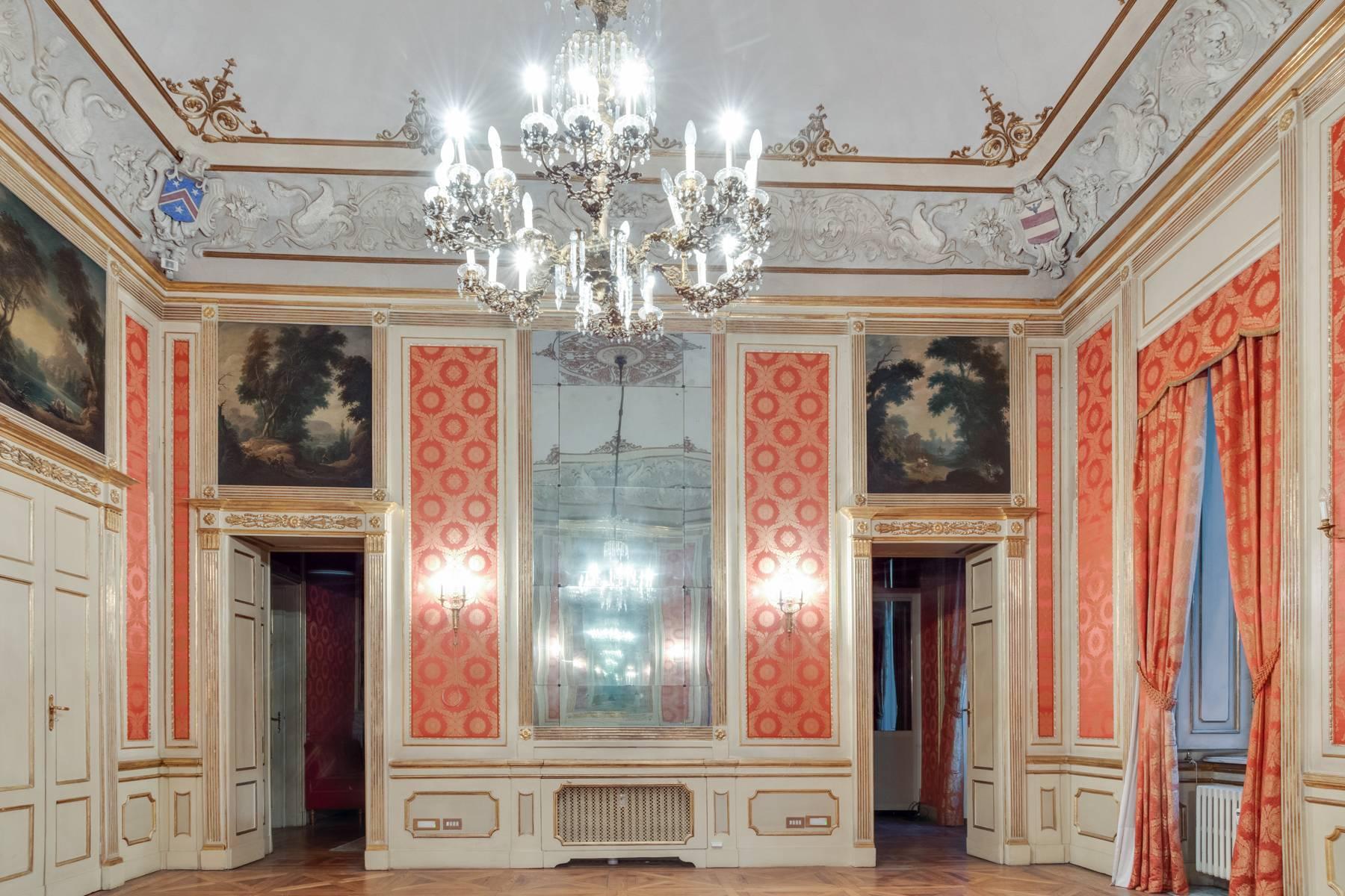 Appartamento in Vendita a Torino: 5 locali, 373 mq - Foto 13