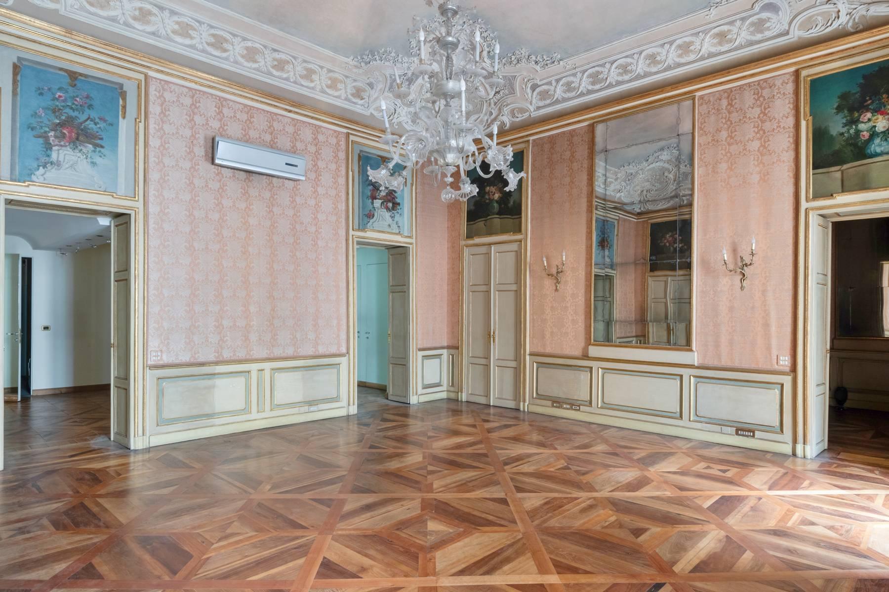 Appartamento in Vendita a Torino: 5 locali, 543 mq - Foto 13