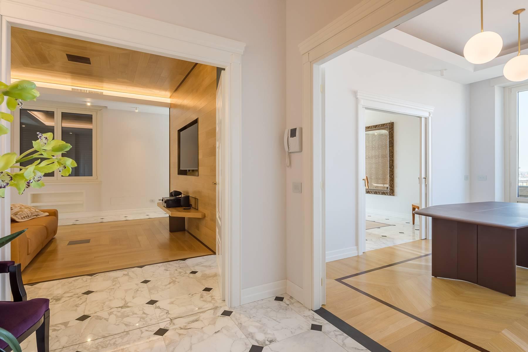 Appartamento in Affitto a Milano: 5 locali, 205 mq - Foto 3