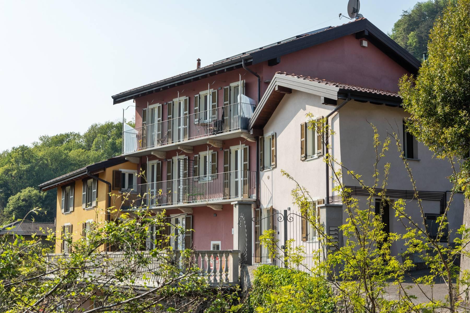 Appartamento in Vendita a Castelveccana: 3 locali, 108 mq - Foto 11