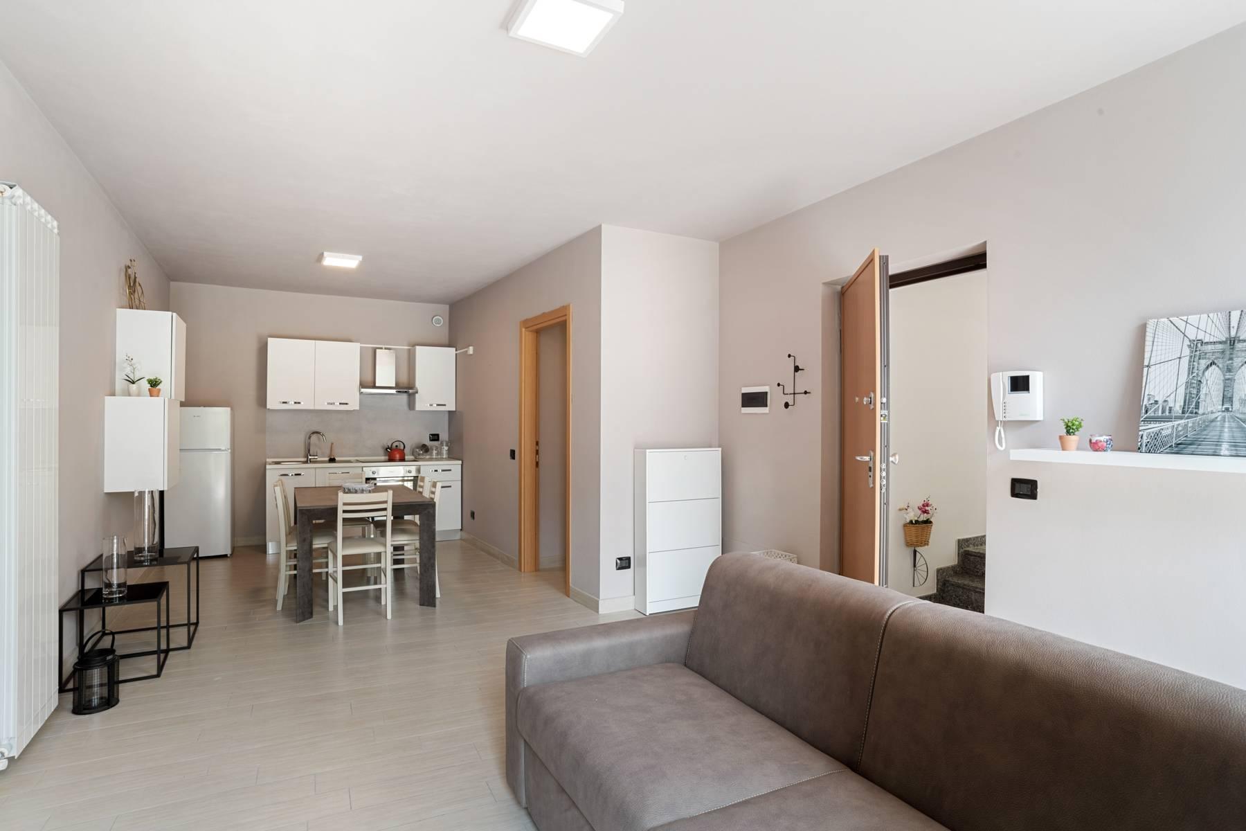 Appartamento in Vendita a Castelveccana: 3 locali, 95 mq - Foto 4