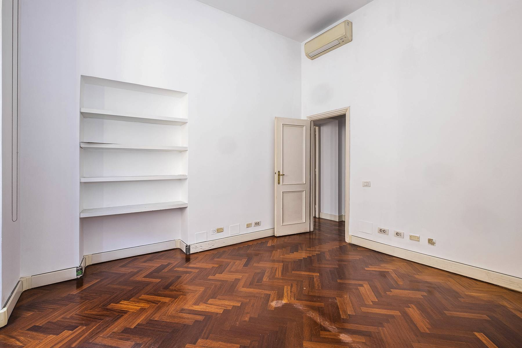Ufficio-studio in Affitto a Roma: 5 locali, 300 mq - Foto 11