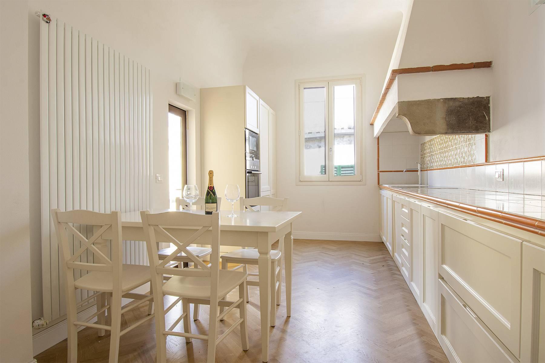 Appartamento in Affitto a Firenze: 5 locali, 160 mq - Foto 11