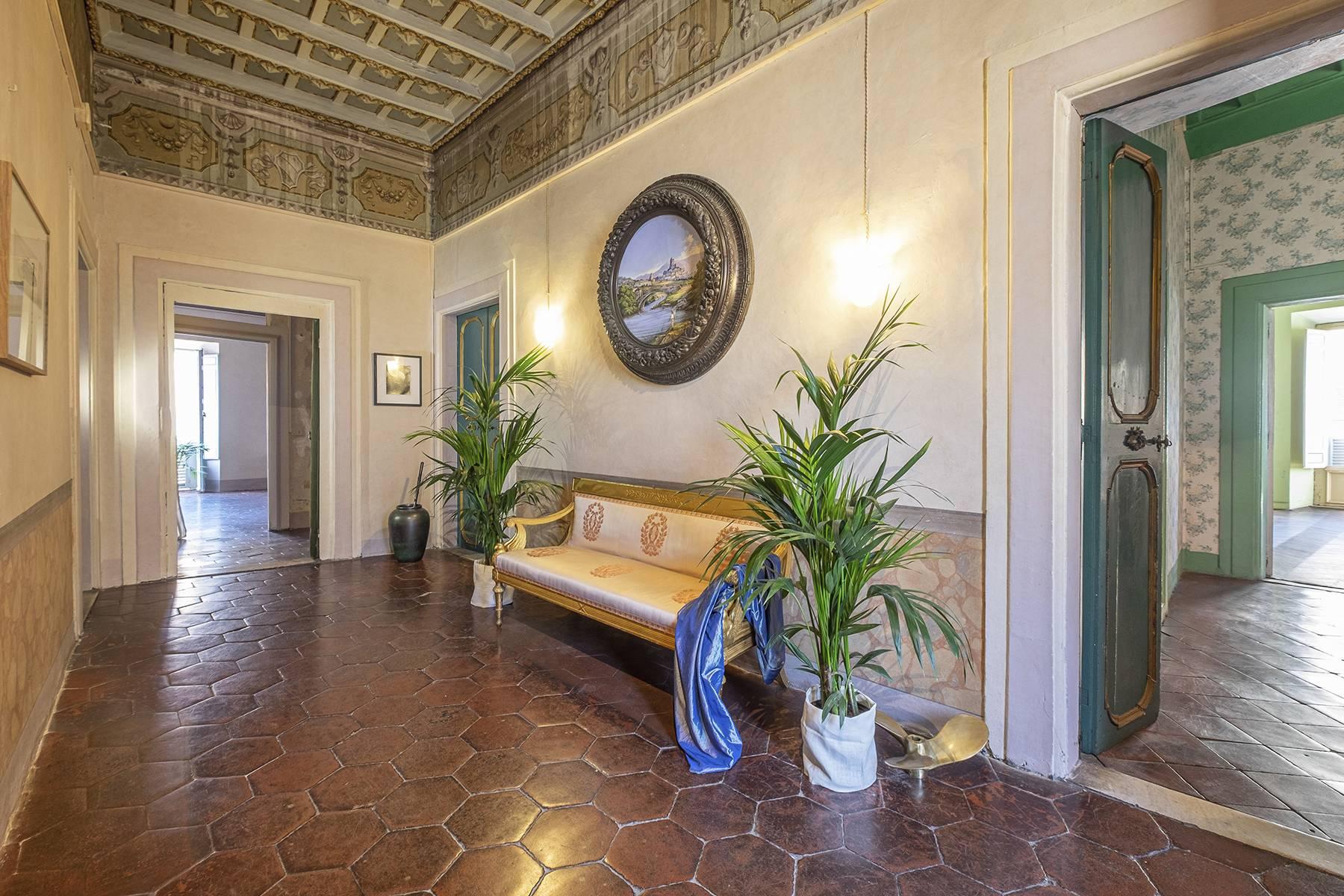 Appartamento in Vendita a Roma: 5 locali, 542 mq - Foto 2