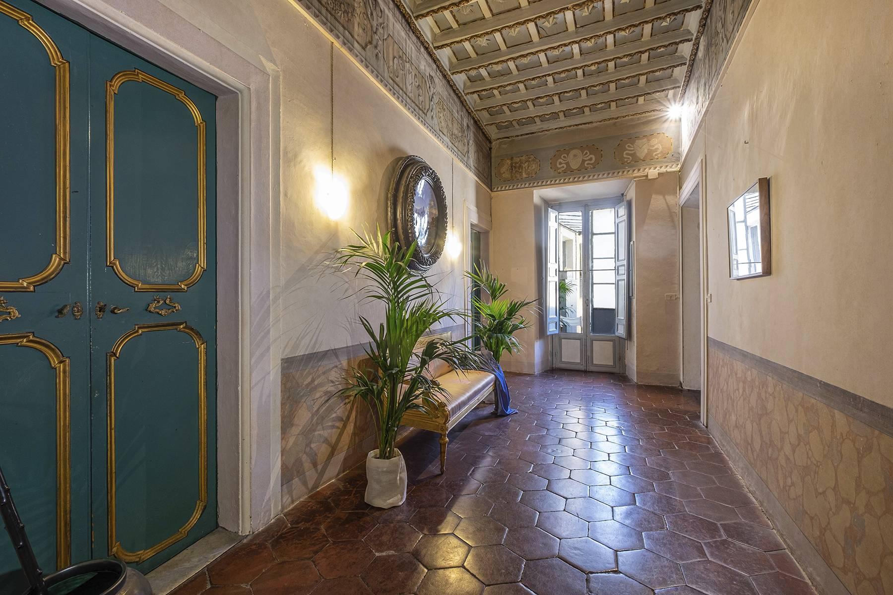 Appartamento in Vendita a Roma: 5 locali, 542 mq - Foto 3