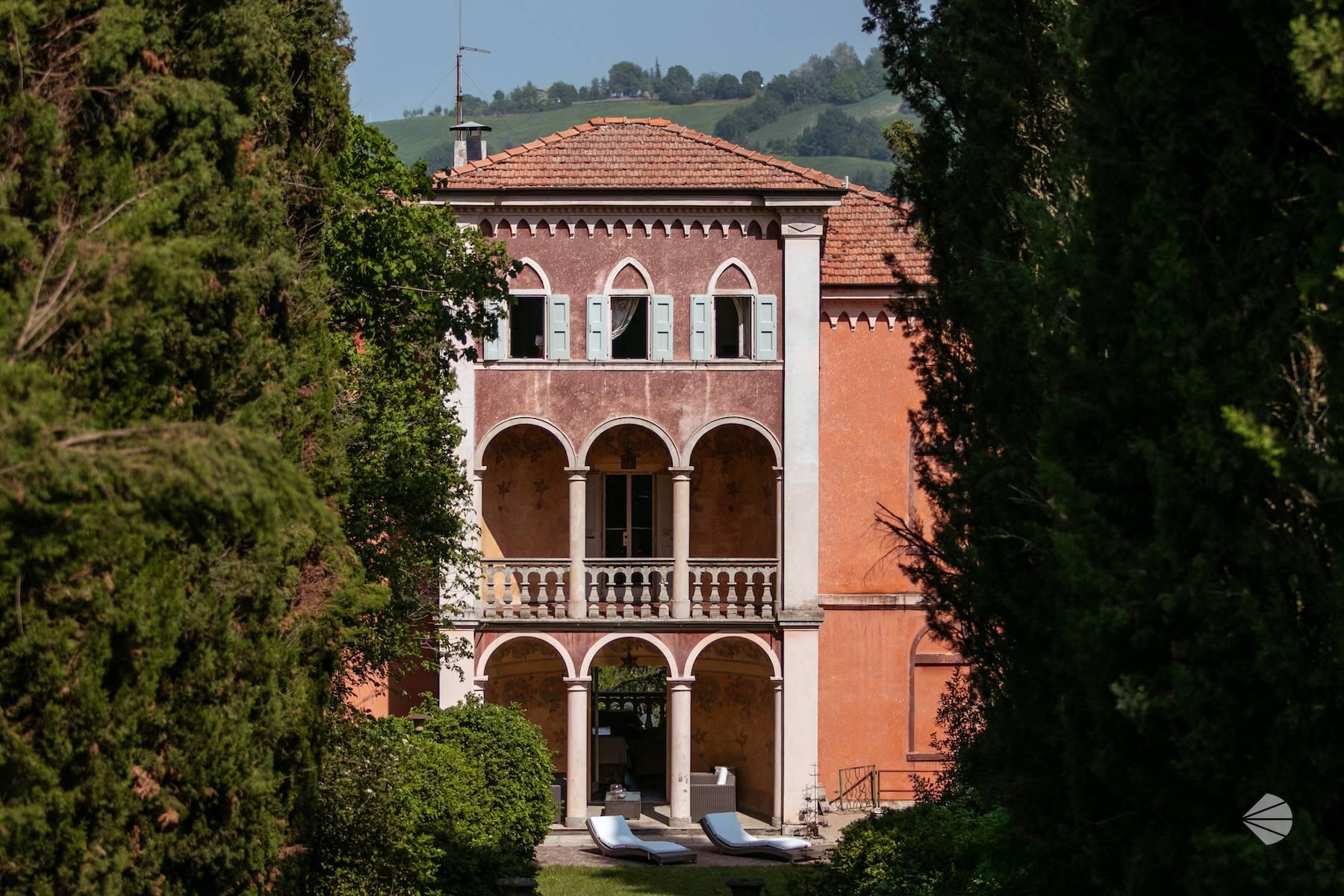 Villa in Vendita a Fiorano Modenese: 5 locali, 470 mq - Foto 1