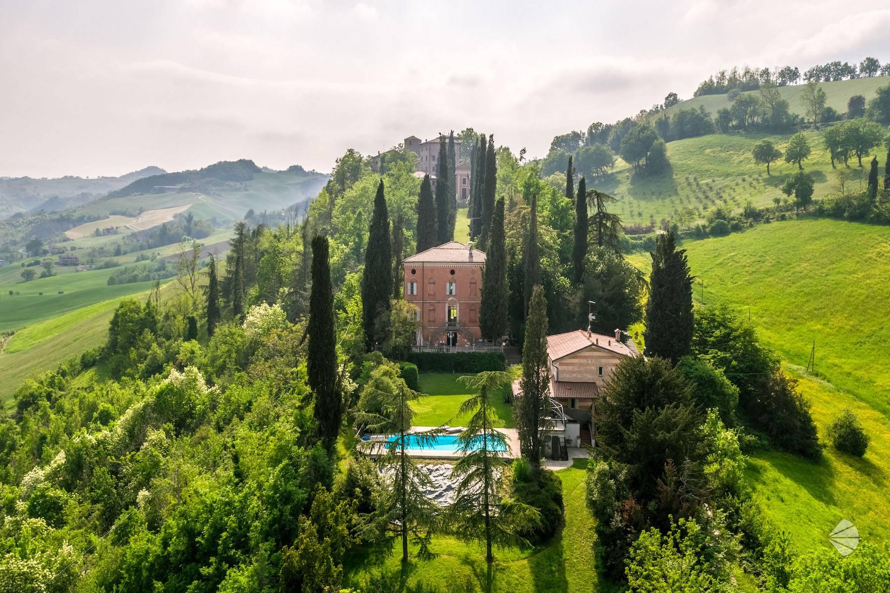 Villa in Vendita a Fiorano Modenese: 5 locali, 470 mq - Foto 3