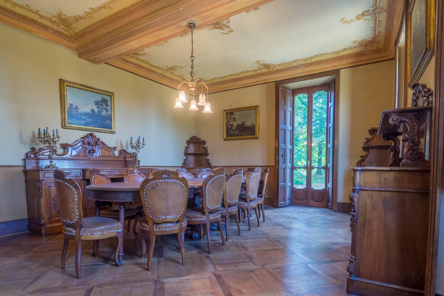 Villa in Vendita a Moncalieri: 5 locali, 983 mq - Foto 2
