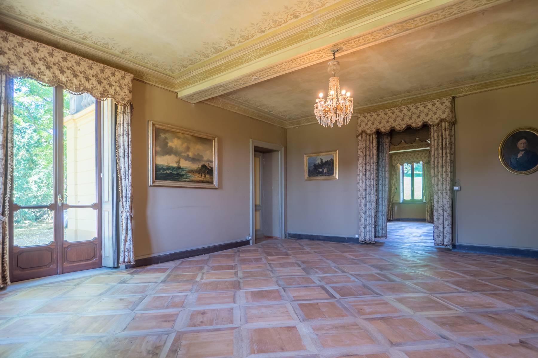 Villa in Vendita a Moncalieri: 5 locali, 983 mq - Foto 3