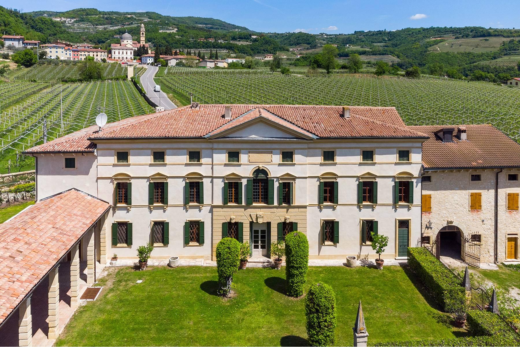 Villa in Vendita a Marano Di Valpolicella: 5 locali, 2000 mq - Foto 1