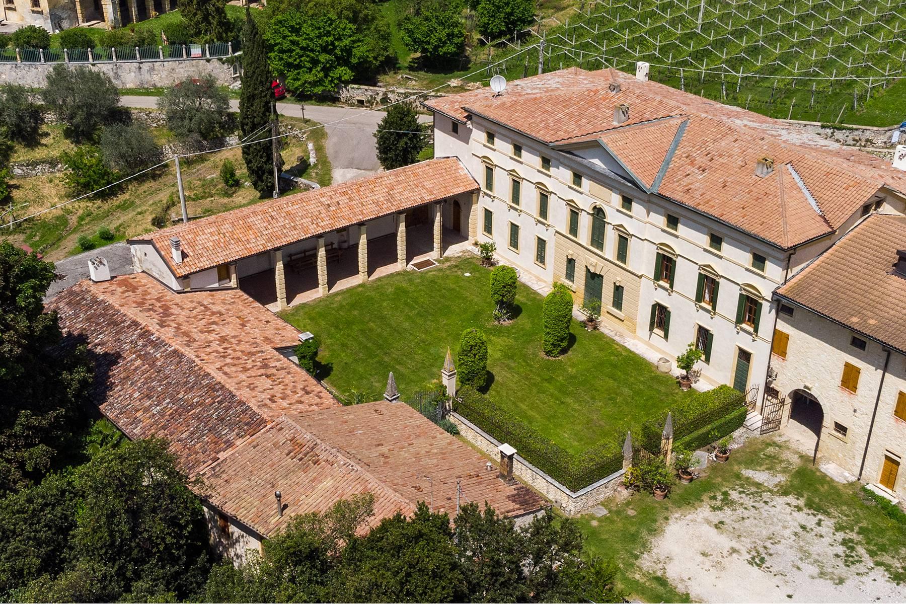 Villa in Vendita a Marano Di Valpolicella: 5 locali, 2000 mq - Foto 2