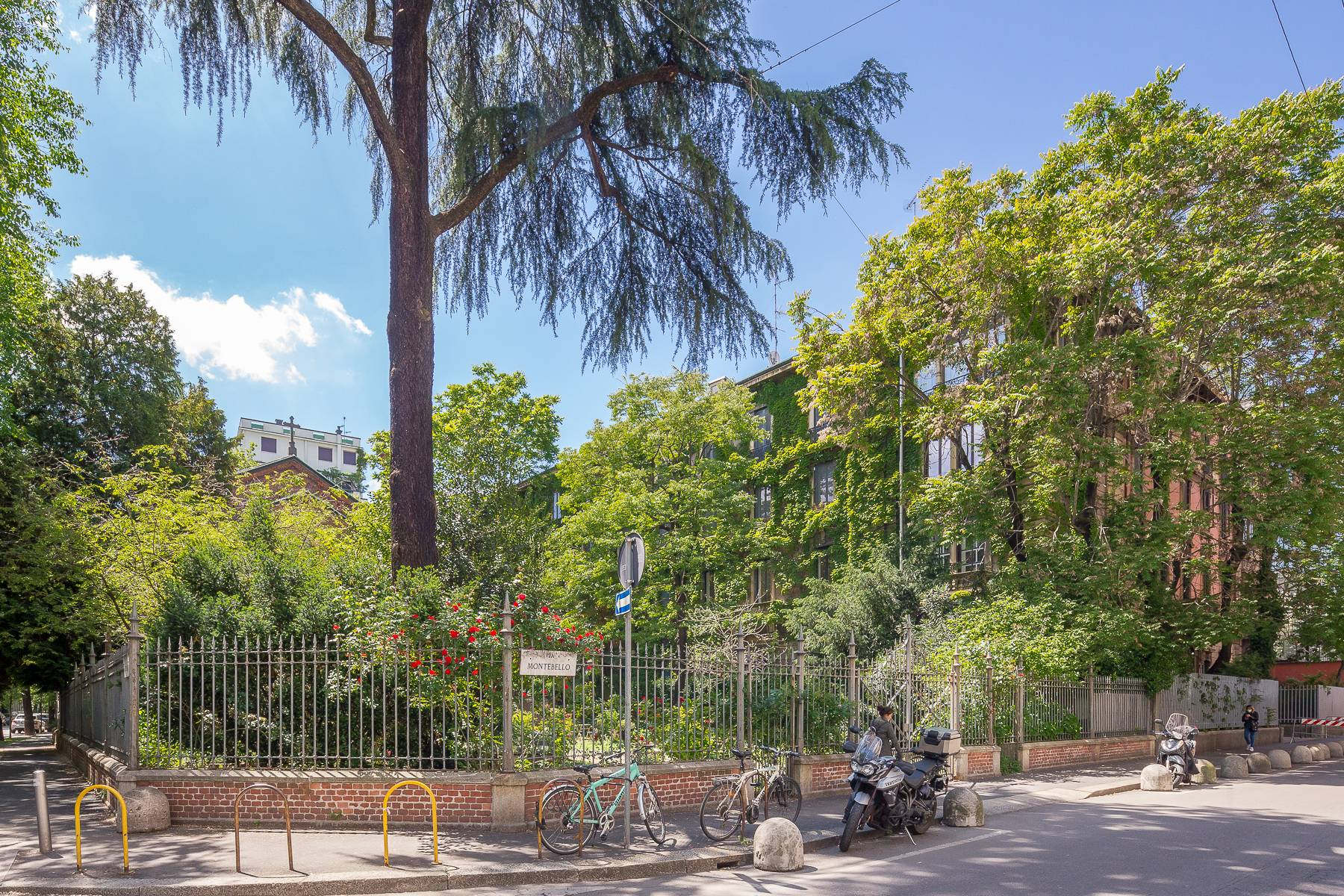 Appartamento in Vendita a Milano via montebello