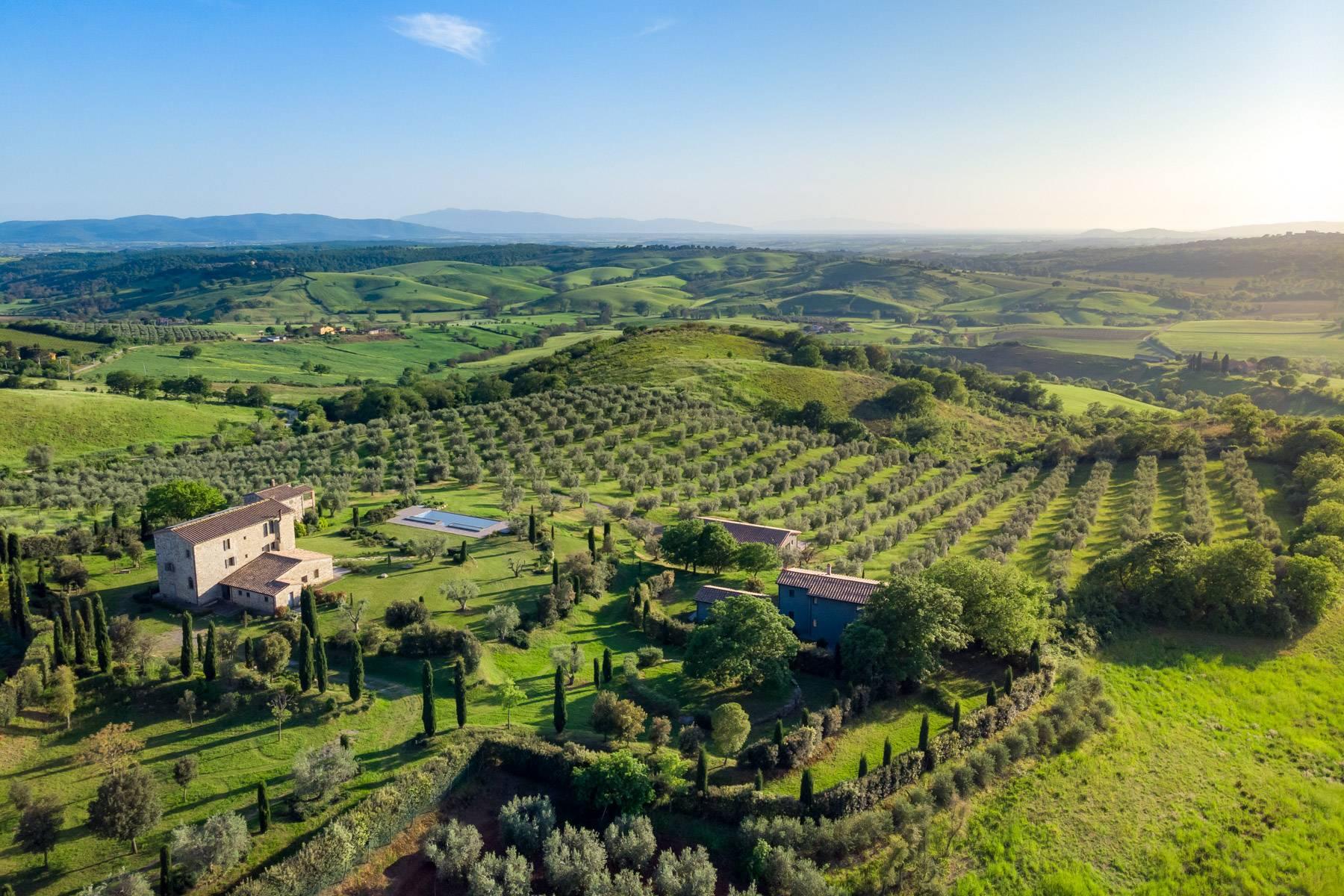 Rustico in Vendita a Magliano In Toscana: 5 locali, 1044 mq - Foto 1