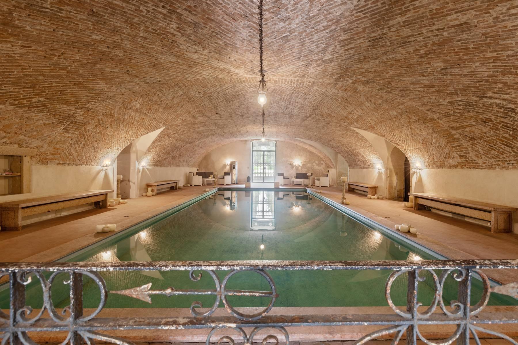 Villa in Vendita a Verona: 5 locali, 2400 mq - Foto 16
