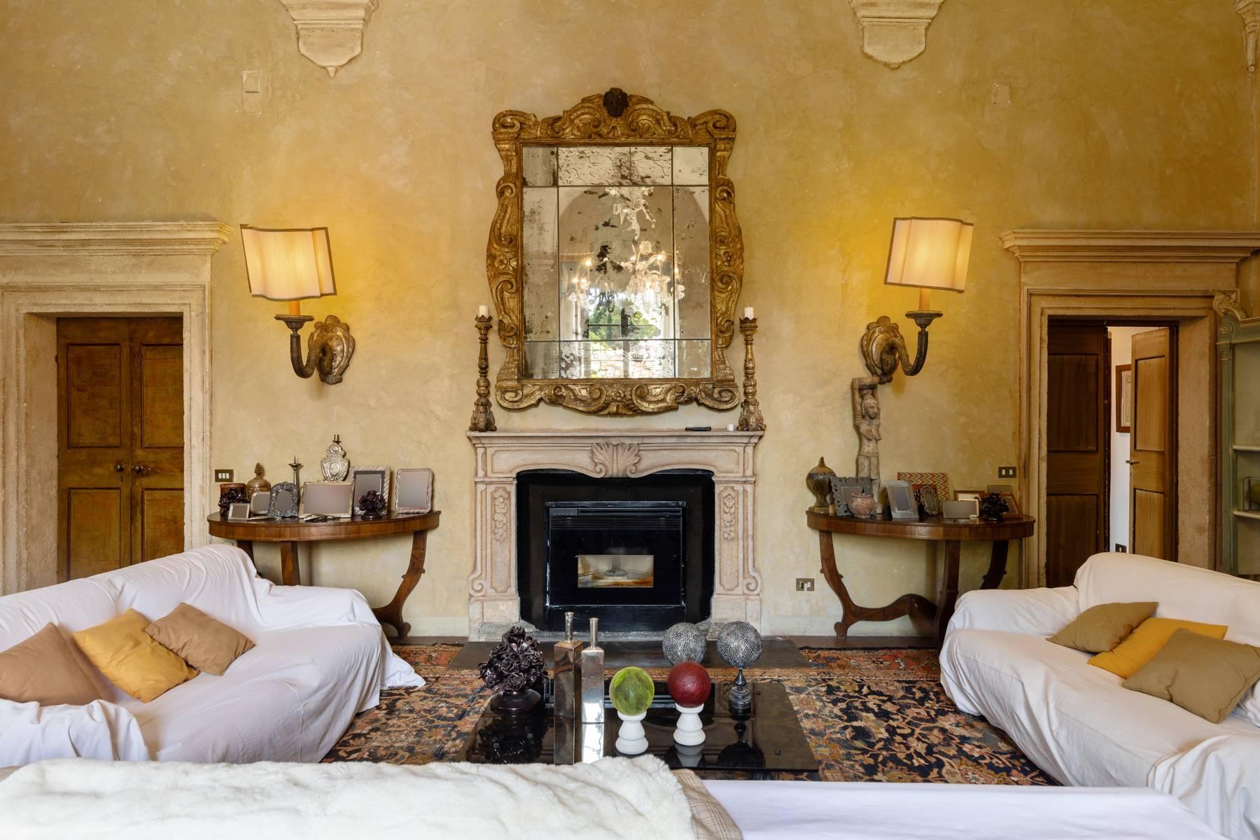 Villa in Vendita a Verona: 5 locali, 2400 mq - Foto 20