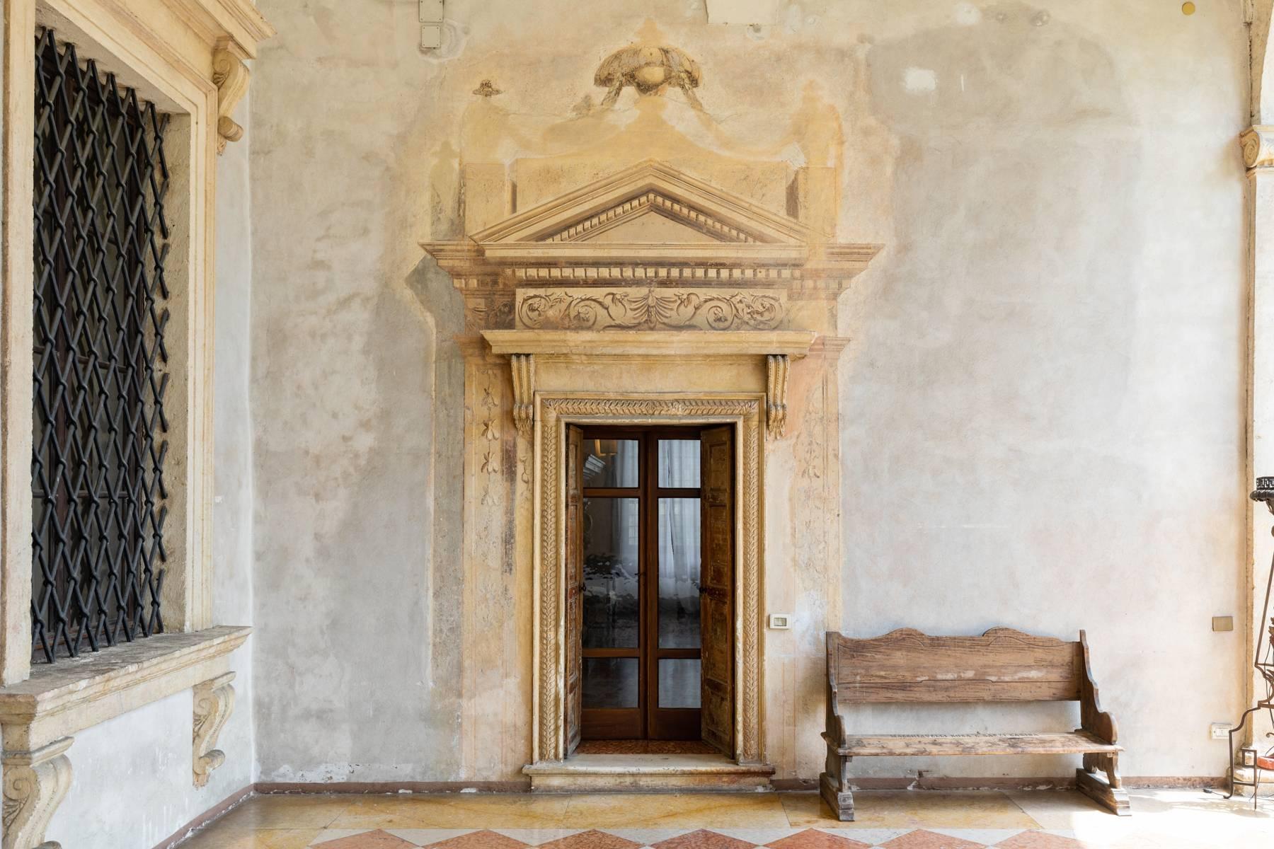 Villa in Vendita a Verona: 5 locali, 2400 mq - Foto 27