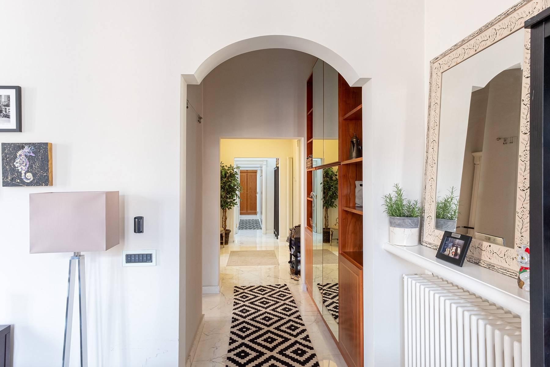Appartamento in Vendita a Napoli: 5 locali, 120 mq - Foto 3