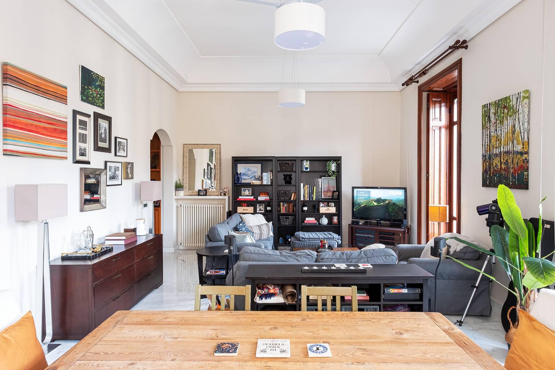 Appartamento in Vendita a Napoli: 5 locali, 120 mq - Foto 4