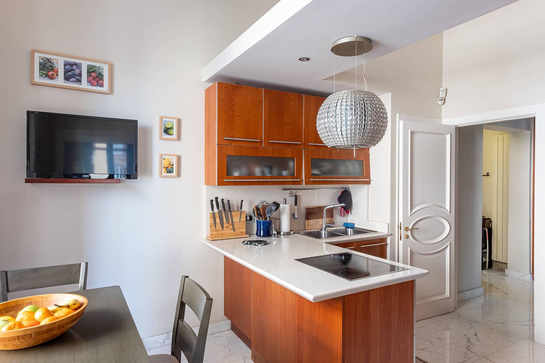 Appartamento in Vendita a Napoli: 5 locali, 120 mq - Foto 8