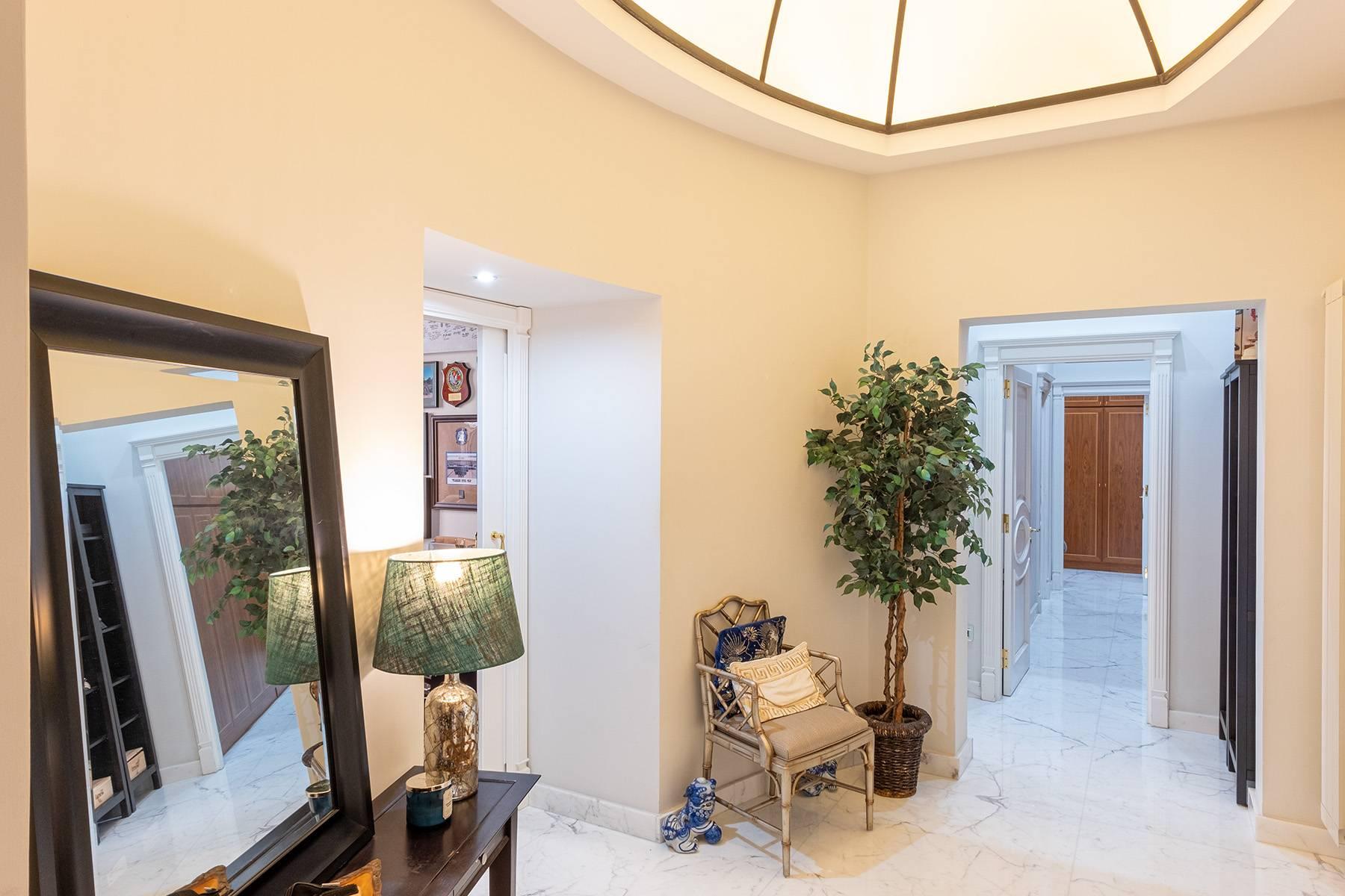 Appartamento in Vendita a Napoli: 5 locali, 120 mq - Foto 9