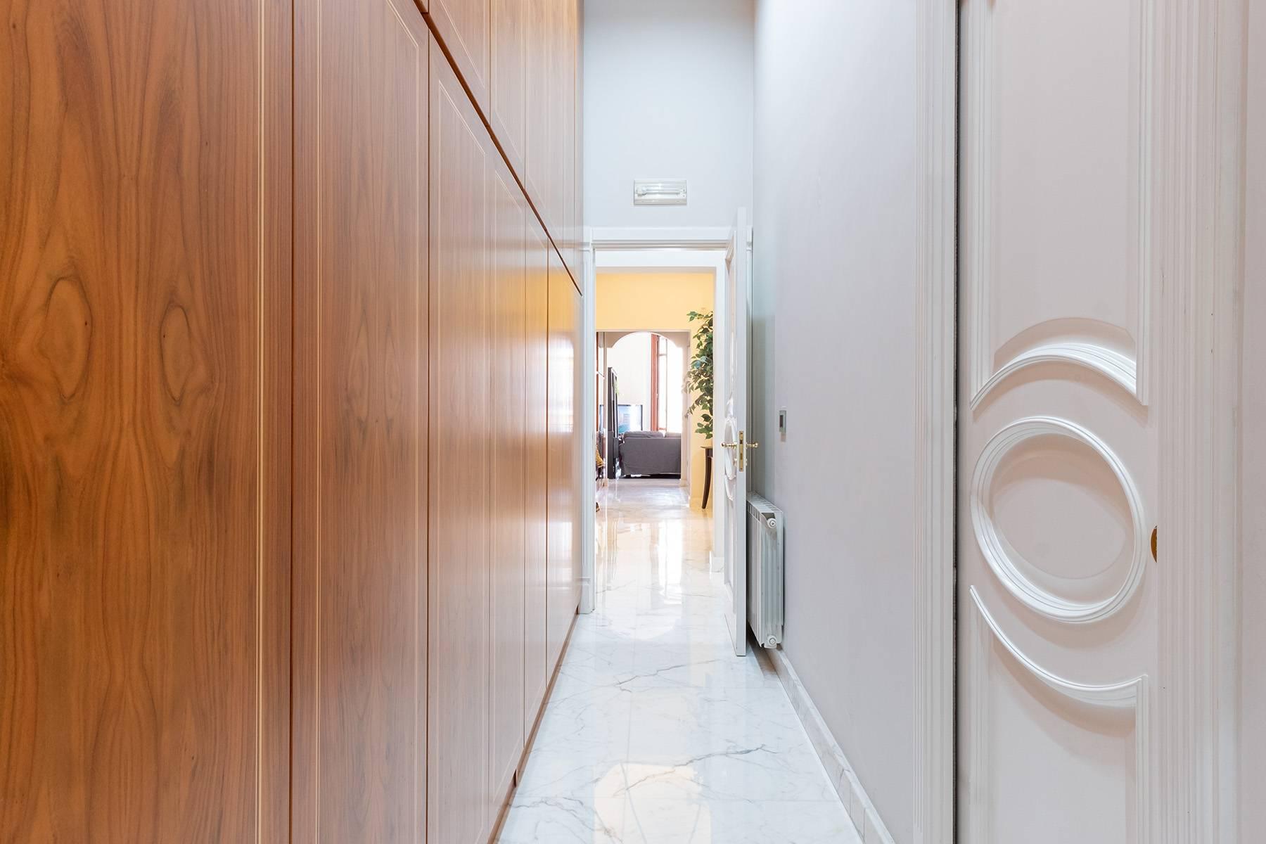 Appartamento in Vendita a Napoli: 5 locali, 120 mq - Foto 13