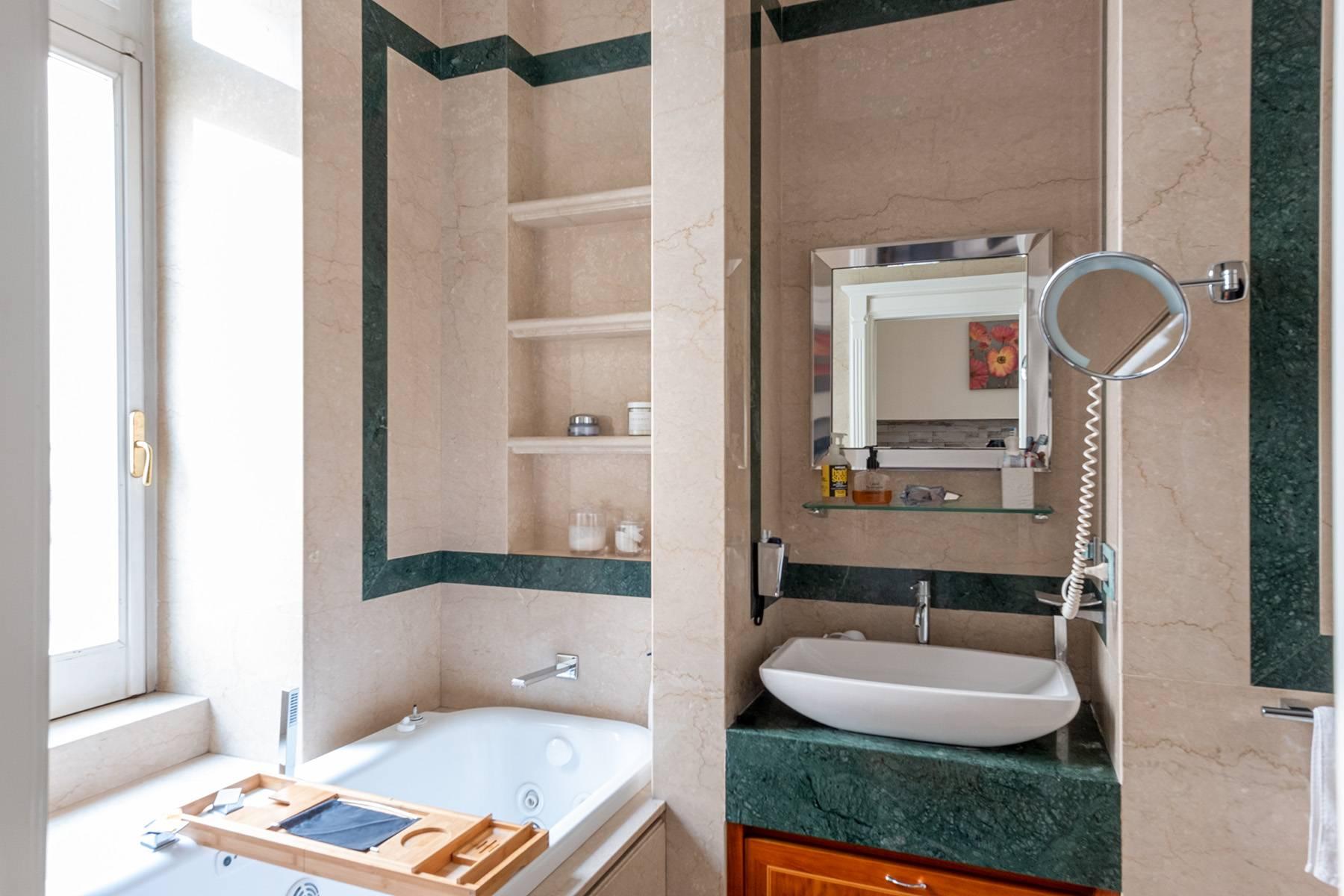 Appartamento in Vendita a Napoli: 5 locali, 120 mq - Foto 18
