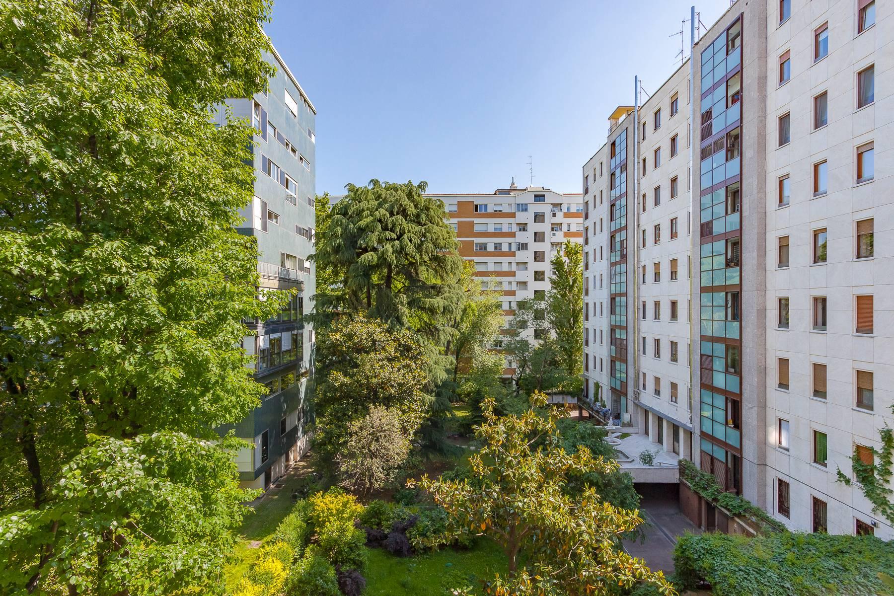 Appartamento in Vendita a Milano: 5 locali, 150 mq - Foto 2