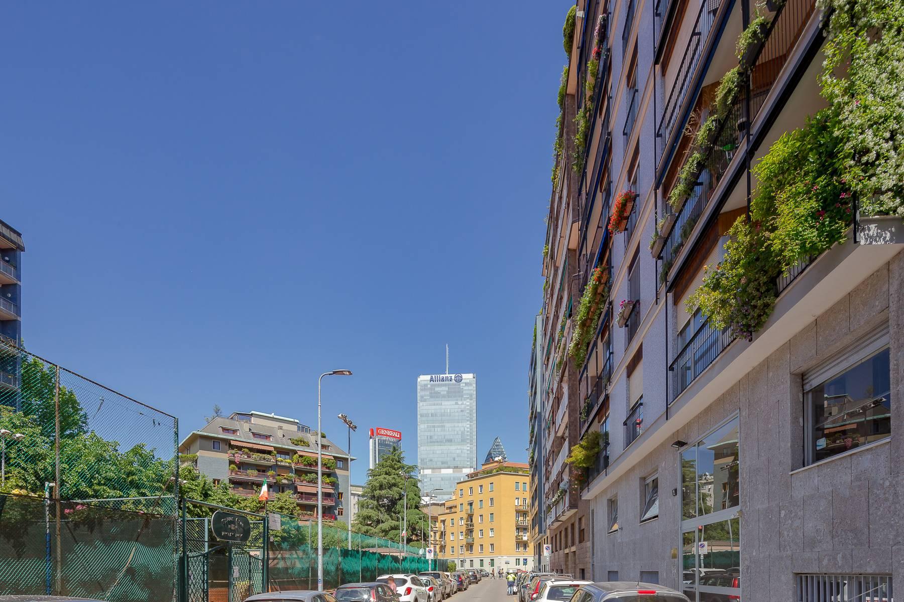 Appartamento in Vendita a Milano via uguccione da pisa