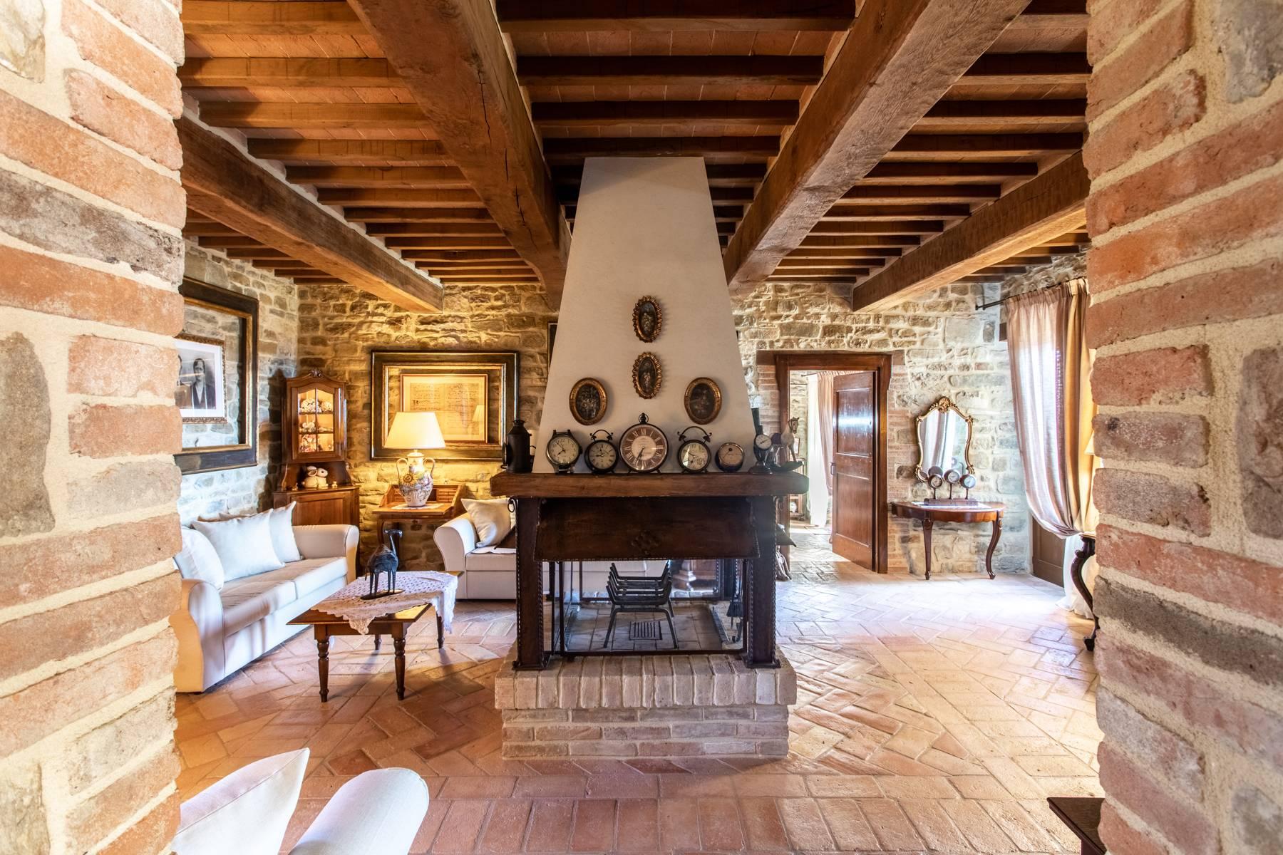 Villa in Vendita a Gubbio: 5 locali, 800 mq - Foto 6