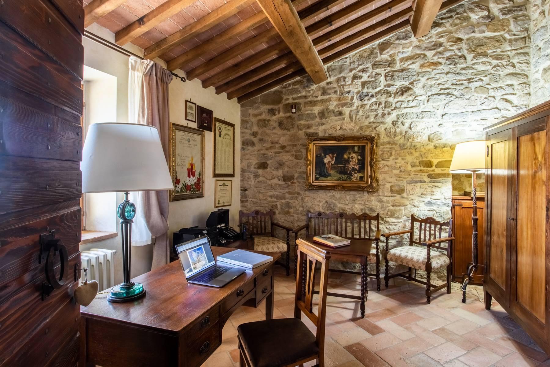 Villa in Vendita a Gubbio: 5 locali, 800 mq - Foto 22