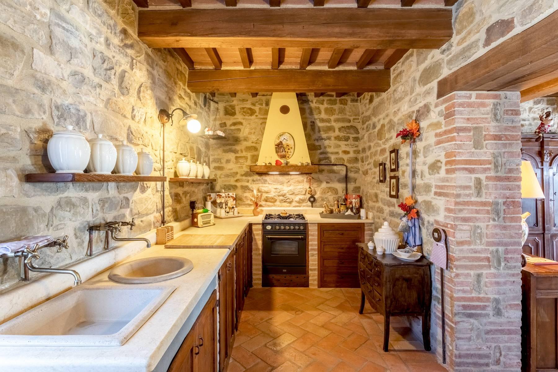 Villa in Vendita a Gubbio: 5 locali, 800 mq - Foto 14
