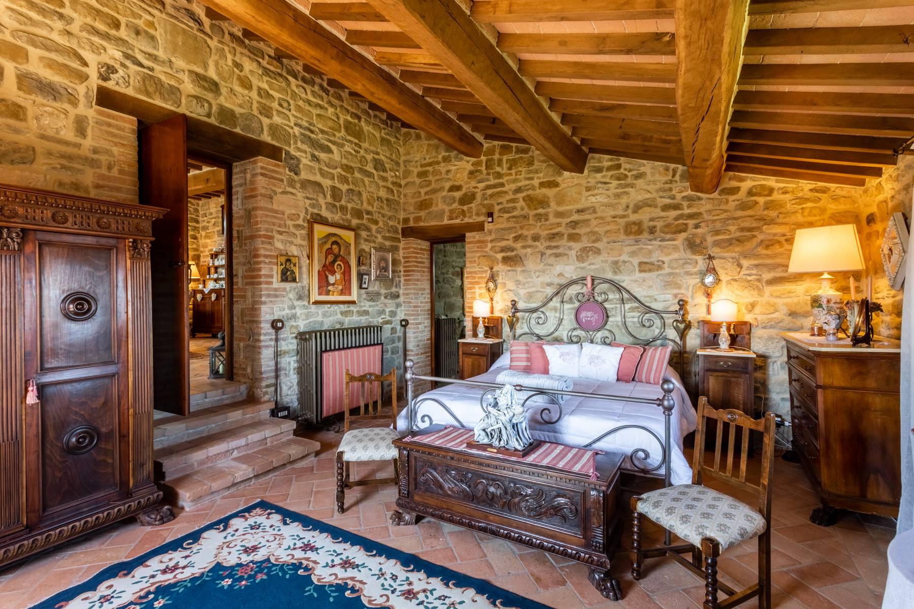 Villa in Vendita a Gubbio: 5 locali, 800 mq - Foto 9