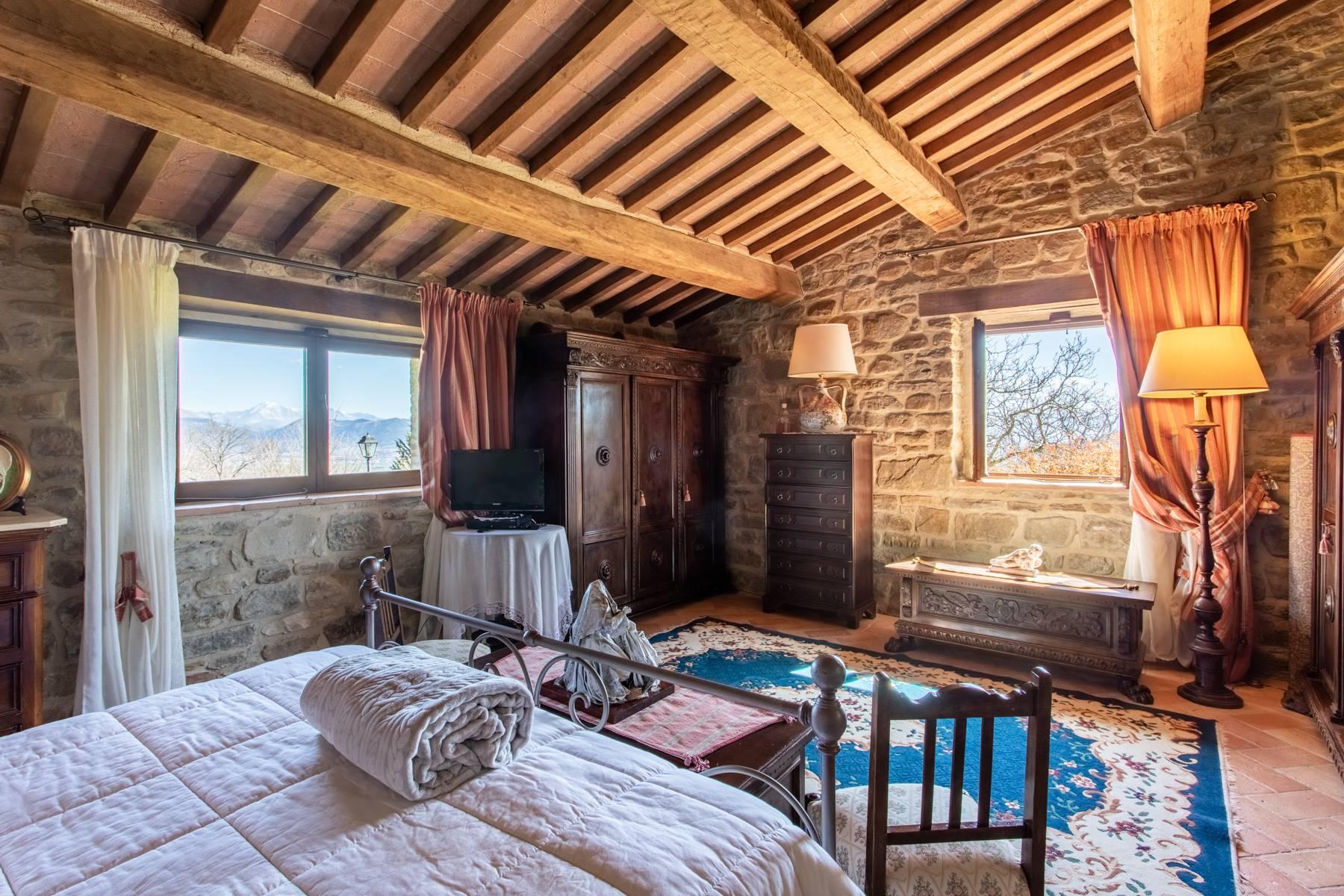 Villa in Vendita a Gubbio: 5 locali, 800 mq - Foto 10