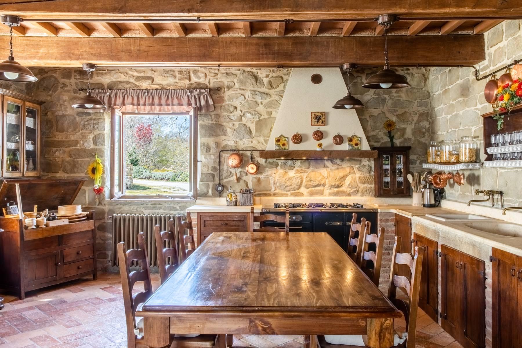 Villa in Vendita a Gubbio: 5 locali, 800 mq - Foto 8