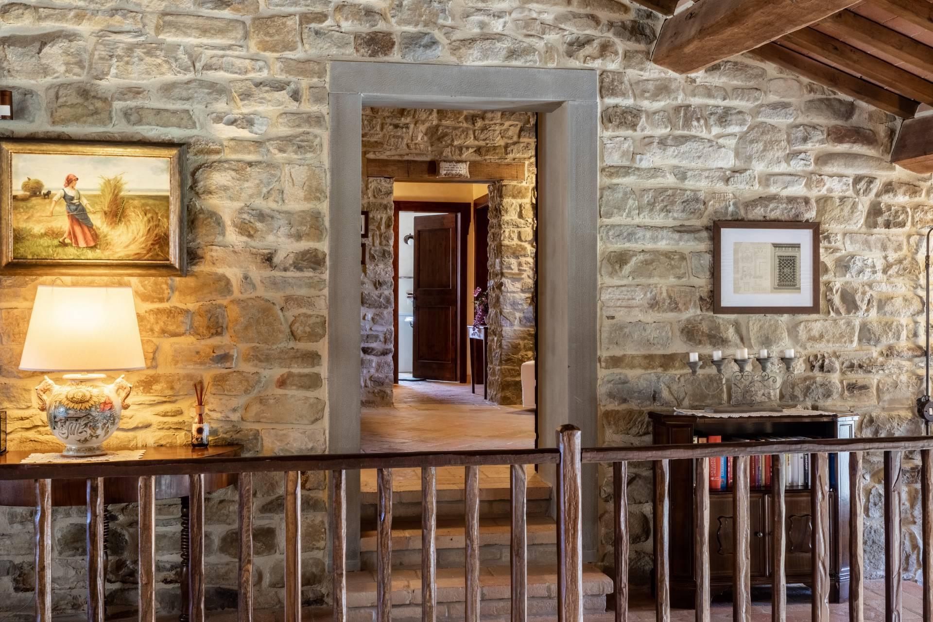 Villa in Vendita a Gubbio: 5 locali, 800 mq - Foto 21