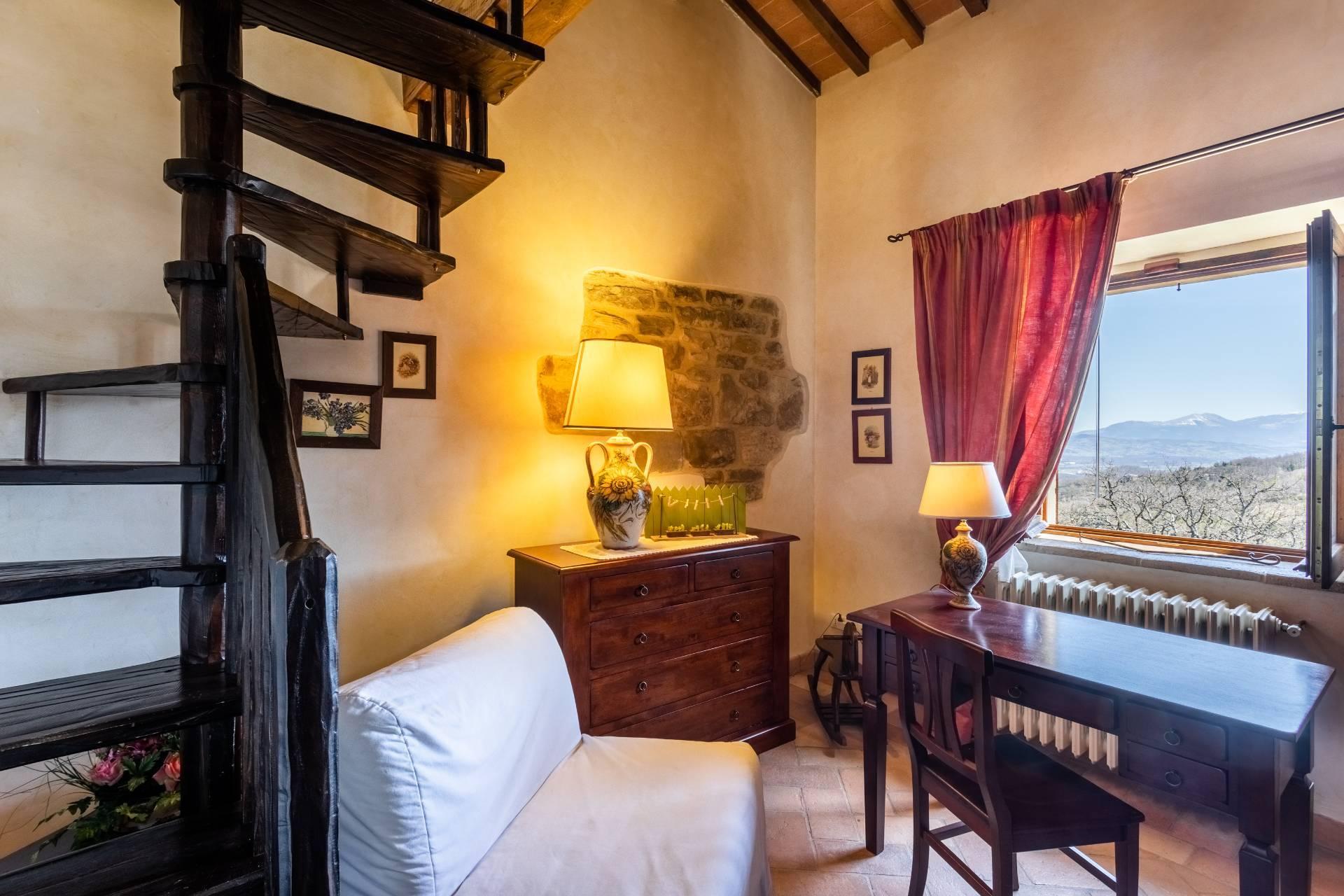 Villa in Vendita a Gubbio: 5 locali, 800 mq - Foto 27