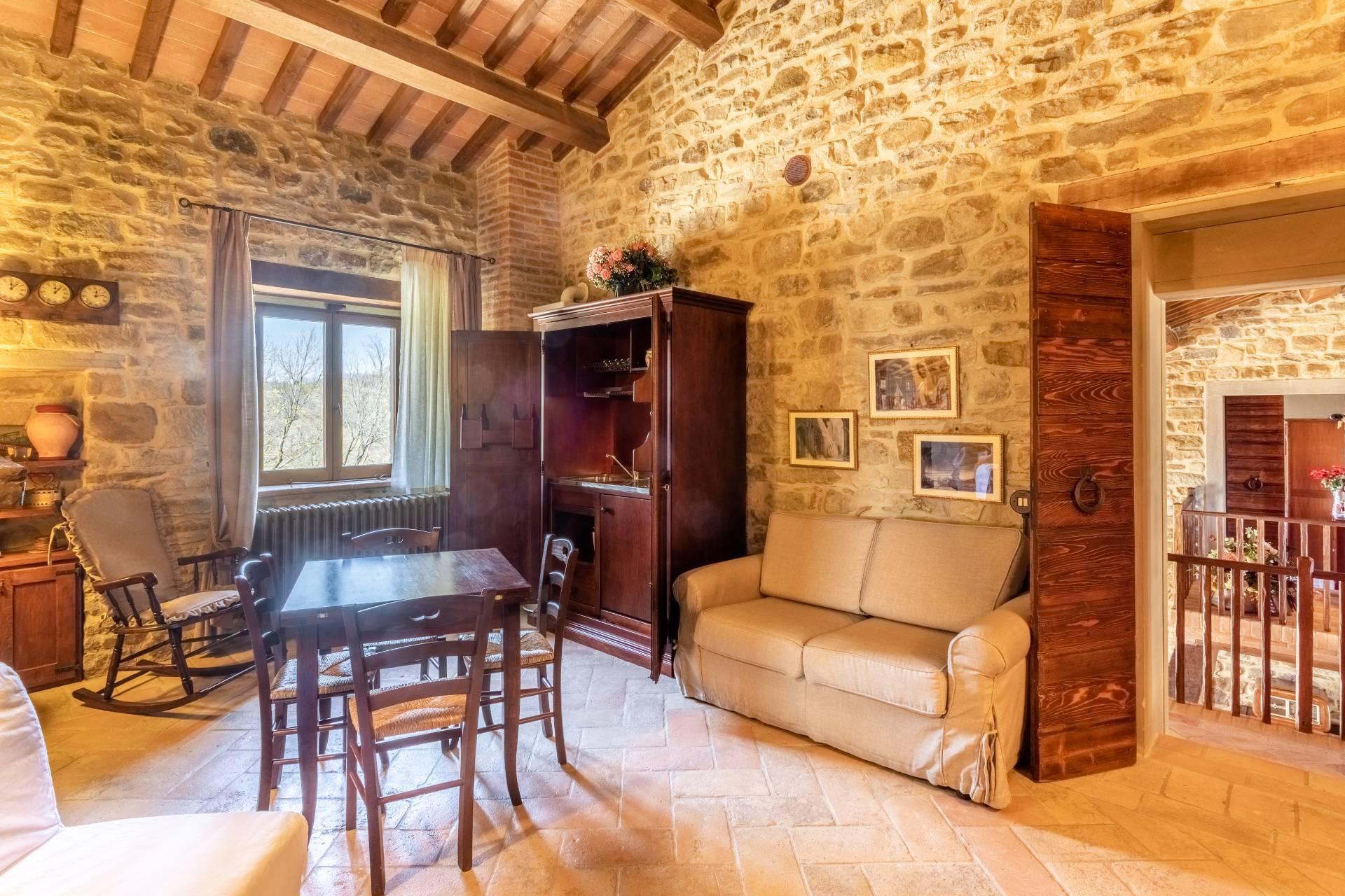 Villa in Vendita a Gubbio: 5 locali, 800 mq - Foto 26