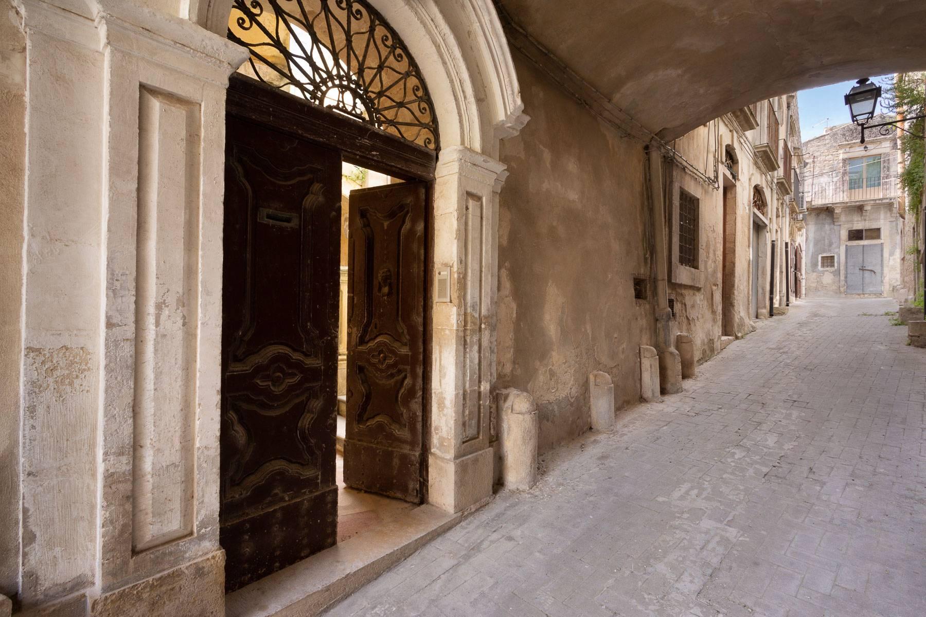 Palazzo in Vendita a Modica: 5 locali, 350 mq - Foto 25