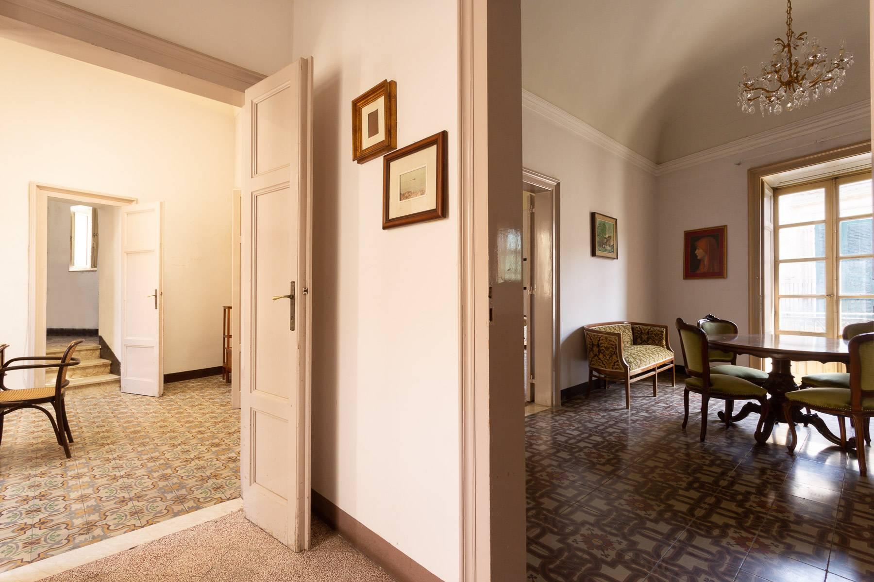 Palazzo in Vendita a Modica: 5 locali, 350 mq - Foto 20