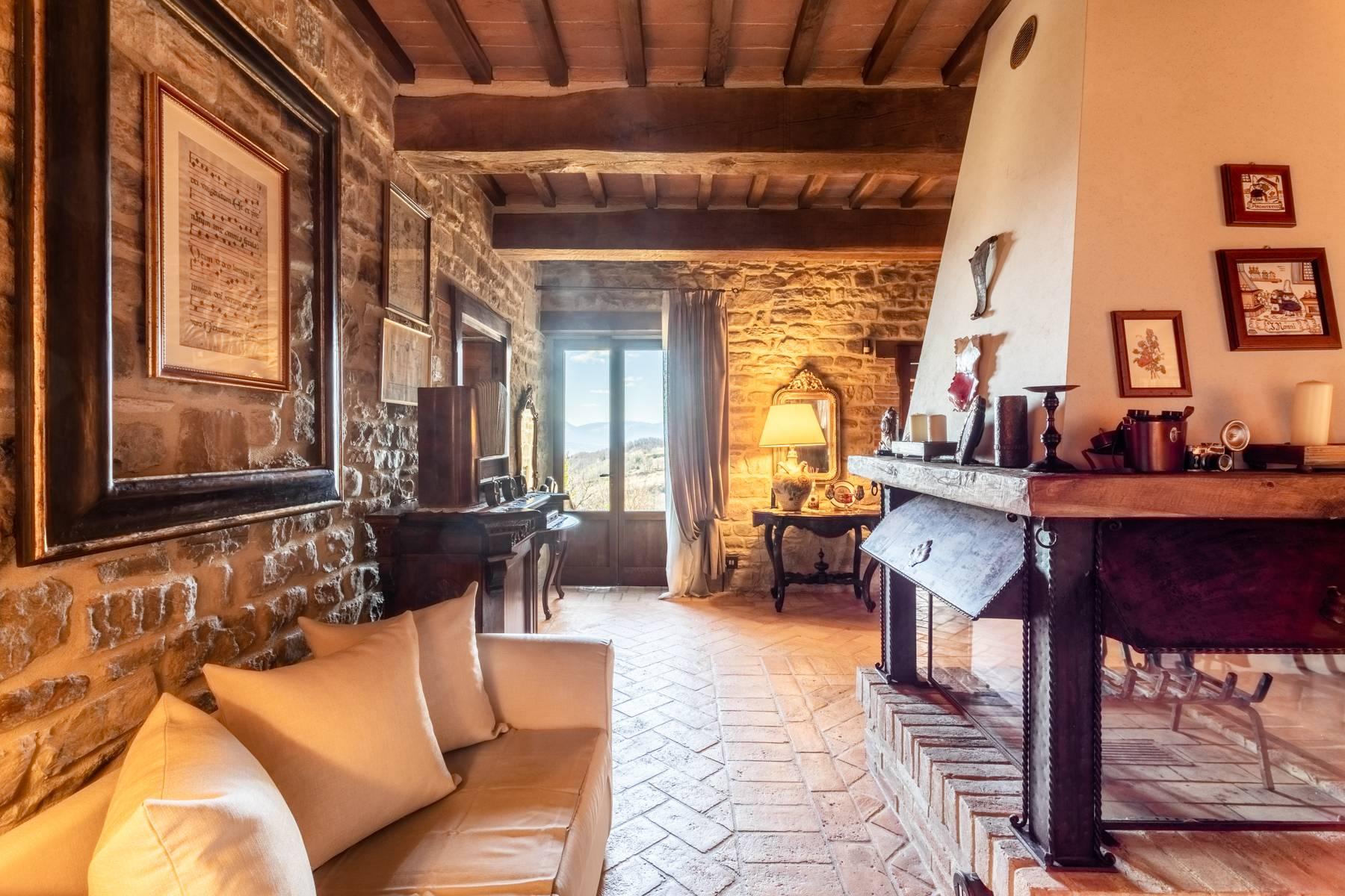 Villa in Vendita a Gubbio: 5 locali, 800 mq - Foto 16