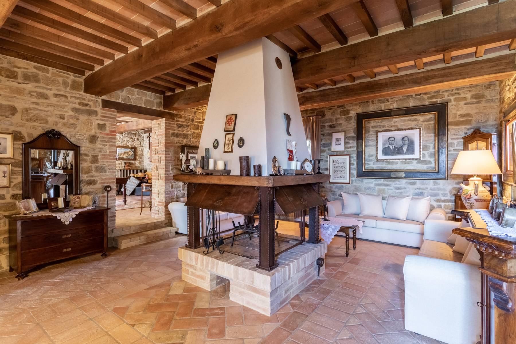 Villa in Vendita a Gubbio: 5 locali, 800 mq - Foto 5