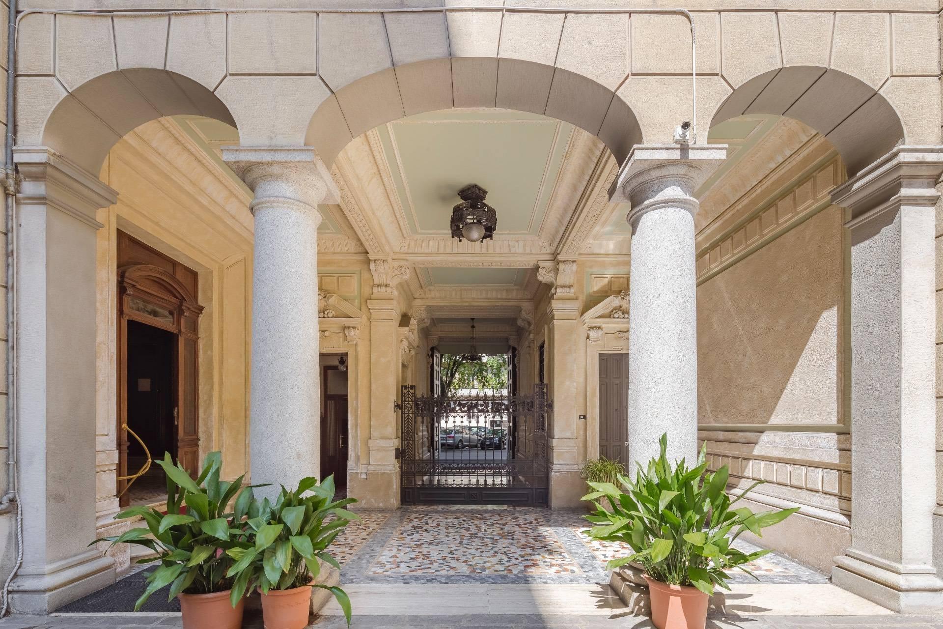 Appartamento in Vendita a Milano: 5 locali, 285 mq - Foto 17